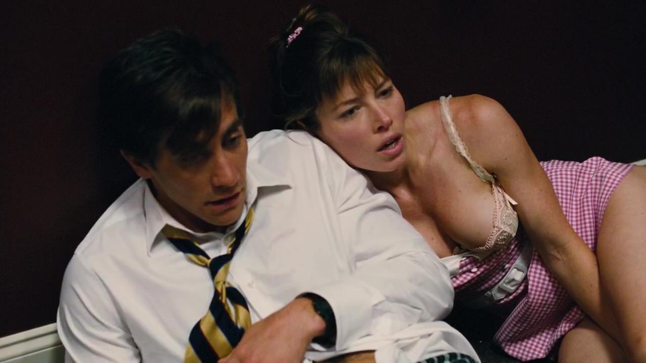 Jessica Biel sexy - Accidental Love (2015)