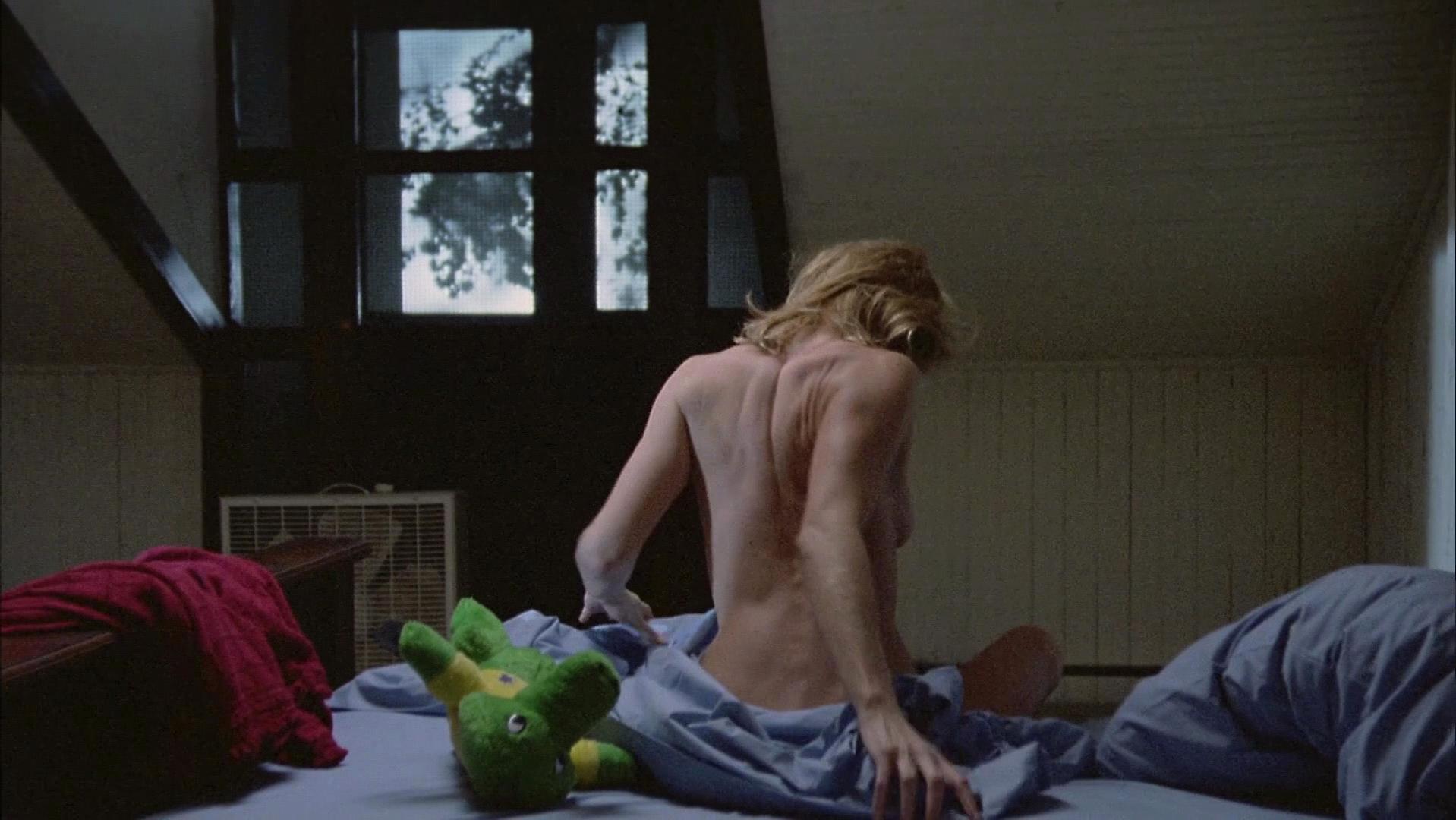 Ellen Barkin nude - The Big Easy (1986)