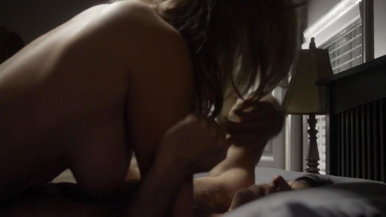 Natasha Henstridge nude, Leela Tomas nude, Jasmine Mooney nude - Badge of Honor (2015)
