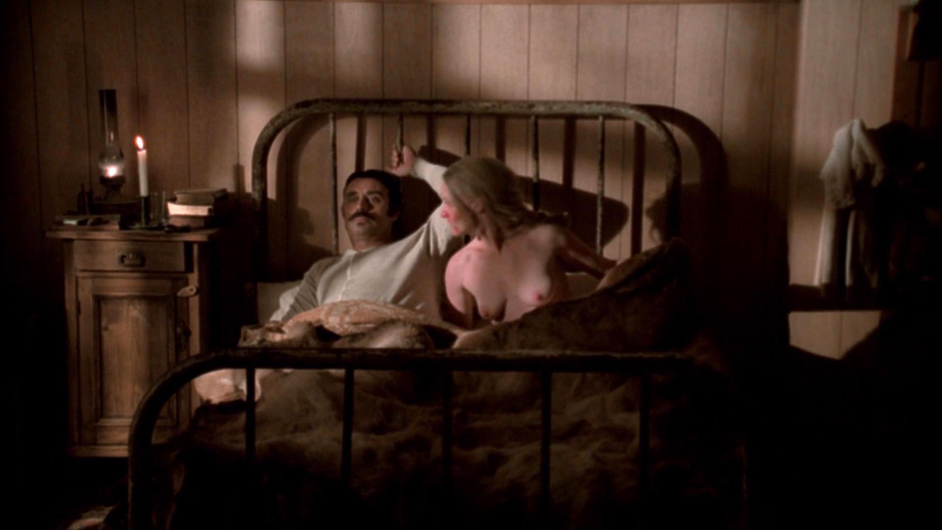Paula Malcomson nude - Deadwood season (2004)