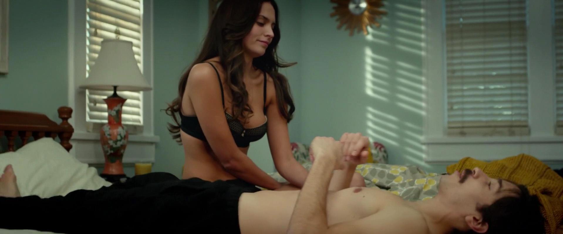 Genesis Rodriguez sexy - Tusk (2014)