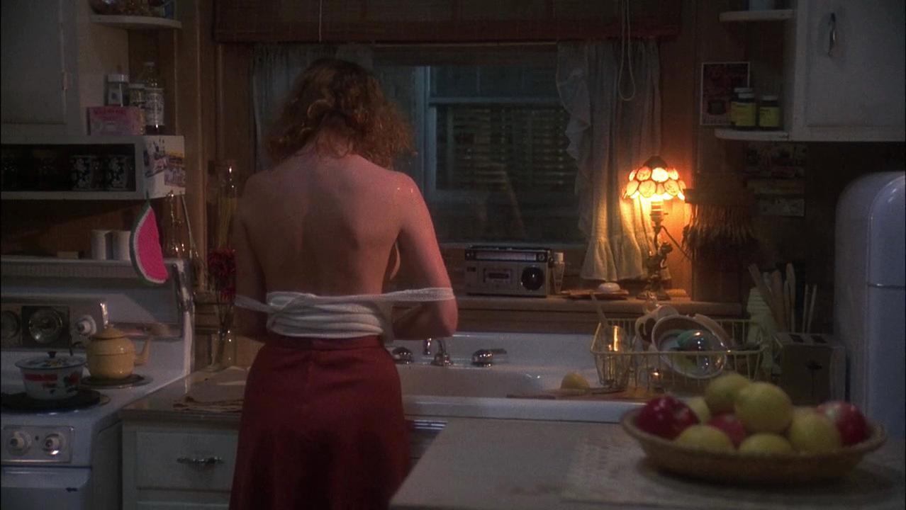 Susan Sarandon nude - Atlantic City (1980)