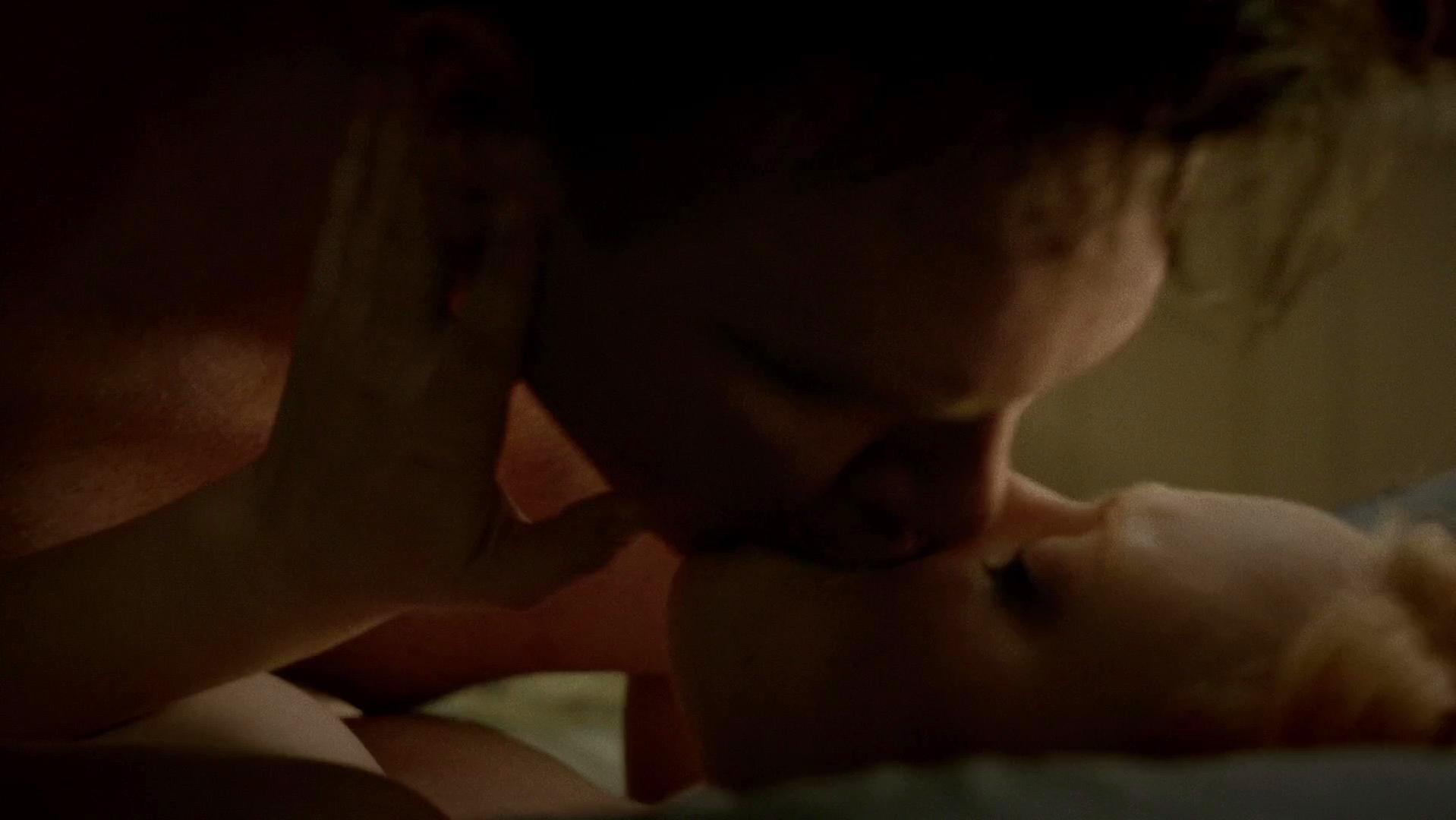 Deborah Ann Woll sexy - True Blood s07e09 (2014)