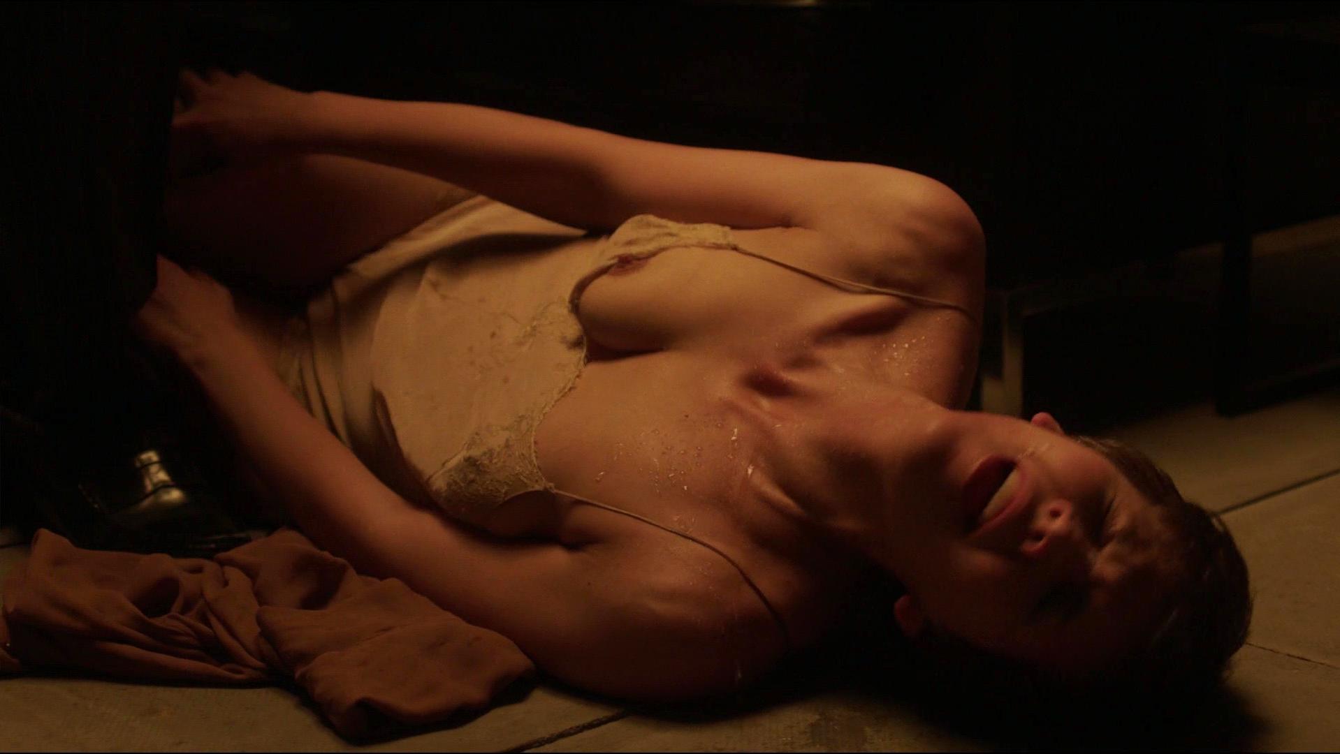 Maggie Gyllenhaal nude - The Honourable Woman s01e06 (2014)