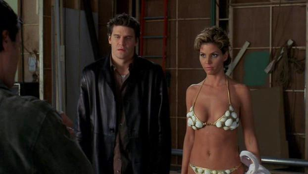 Charisma Carpenter sexy - Angel s01-04 (1999-2003)