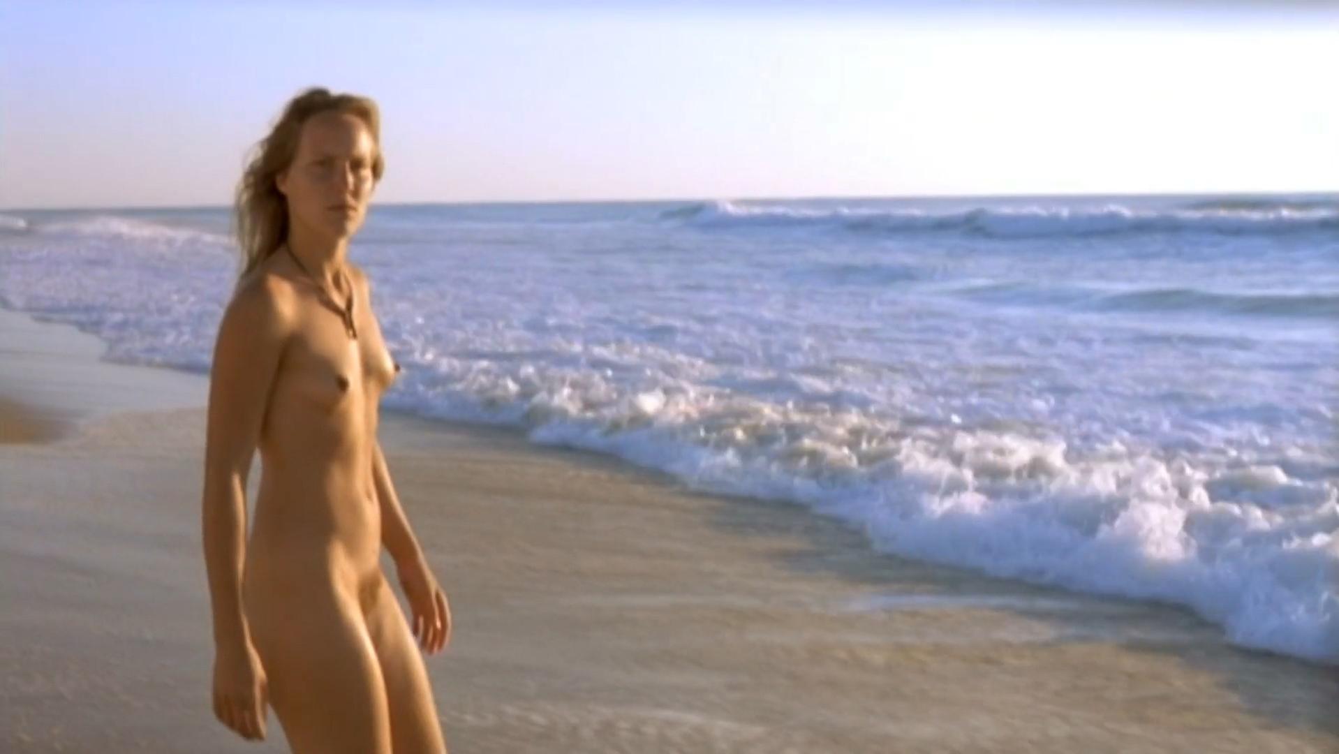 Jennifer Ann Nackt