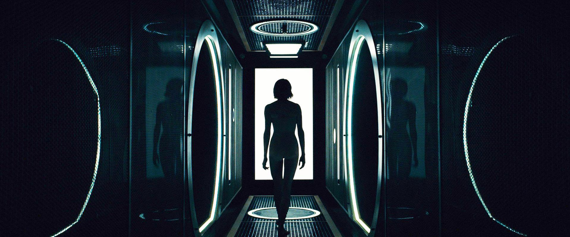 Shailene Woodley nude - Allegiant (2016)