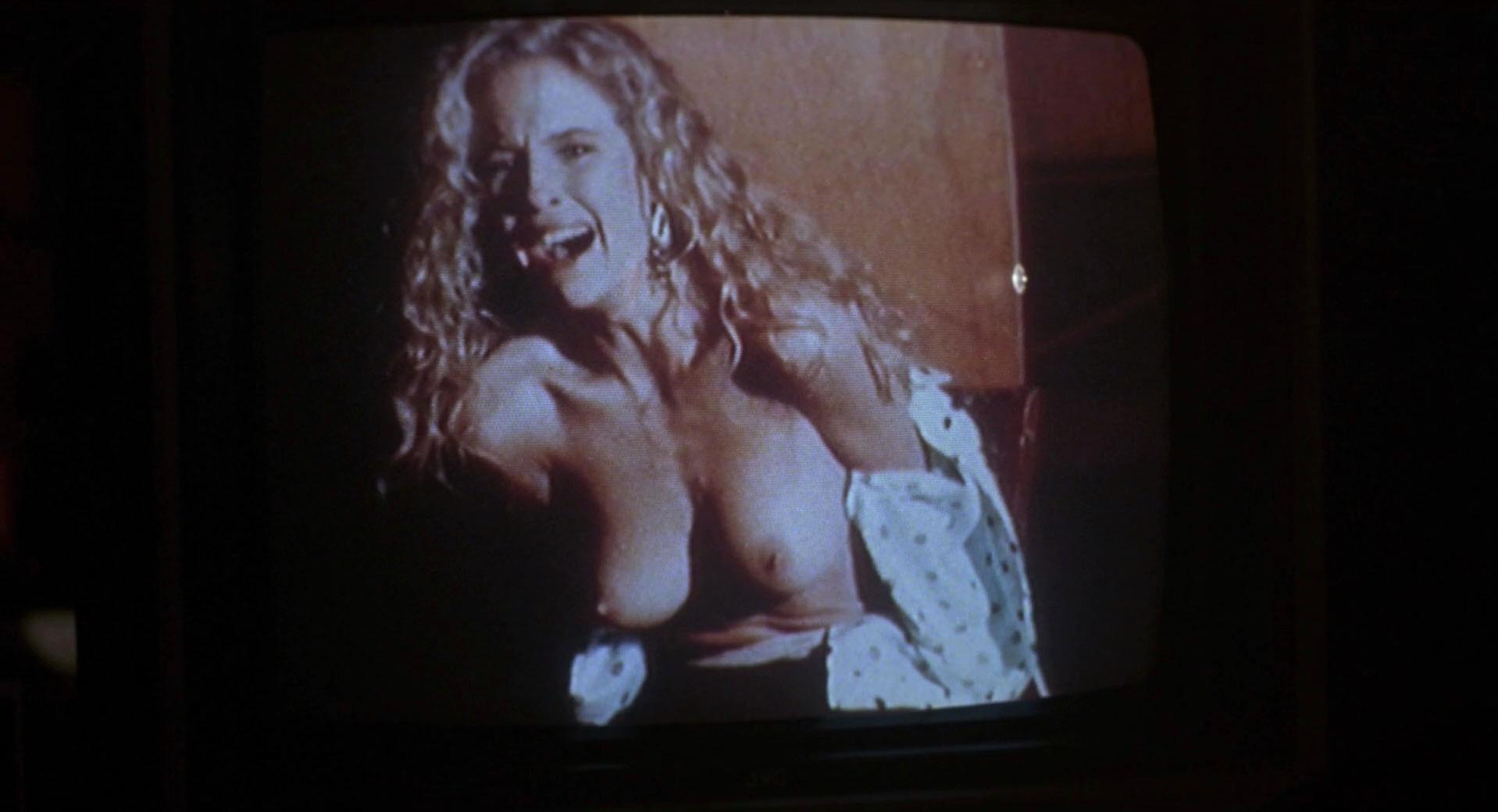 Kelly Preston nude - 52 Pick-Up (1986)
