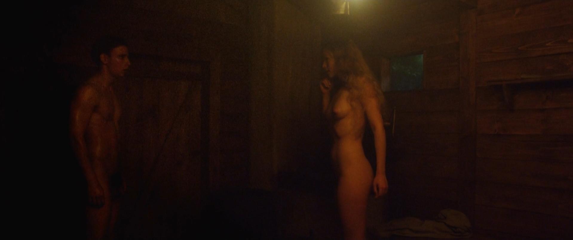 Zofia Wichlacz nude, Anna Prochniak nude - Miasto 44 (2014)
