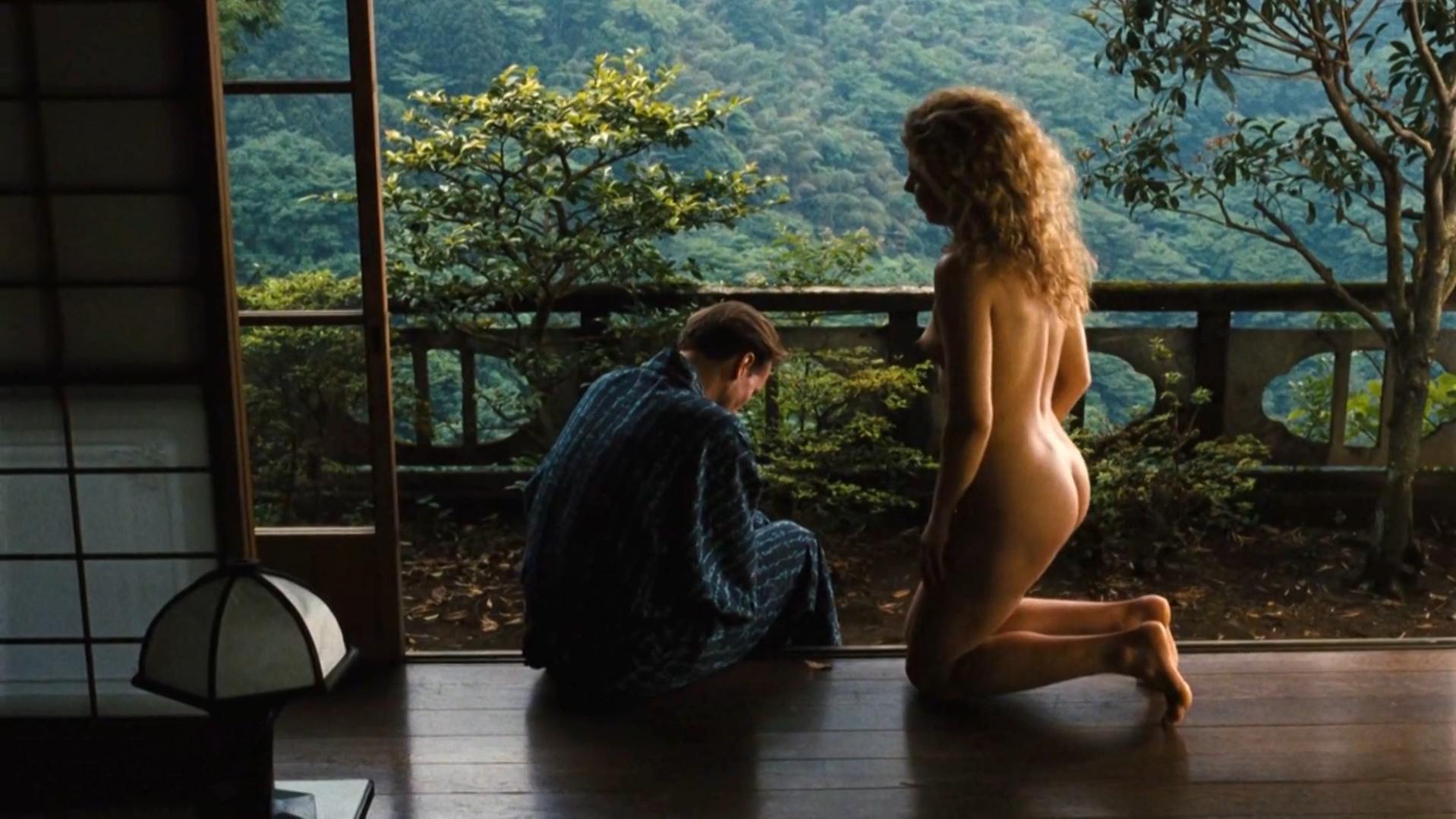 Solveig Dommartin nude - Bis Ans Ende der Welt (1991)