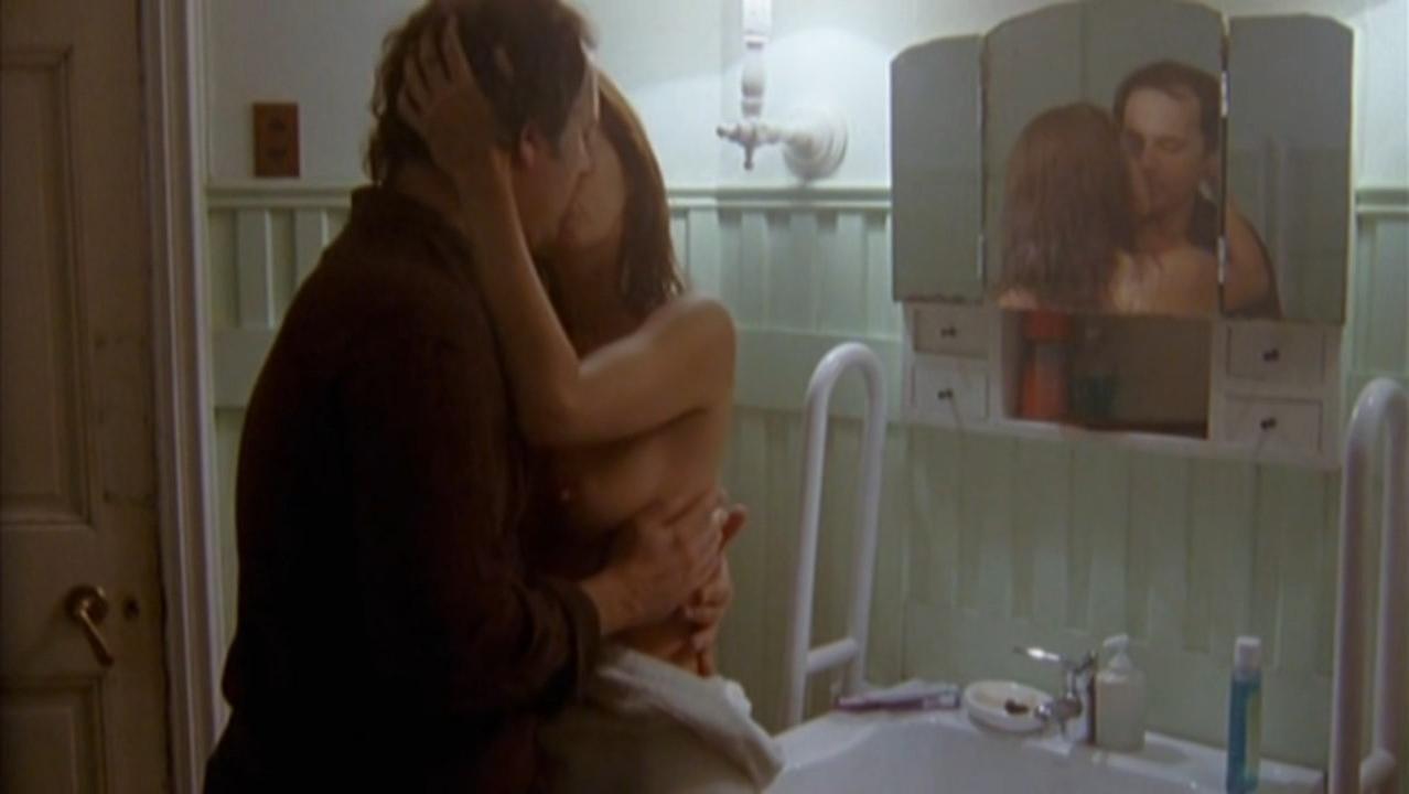 Paola Krum nude - Epitafios s01 (2004)