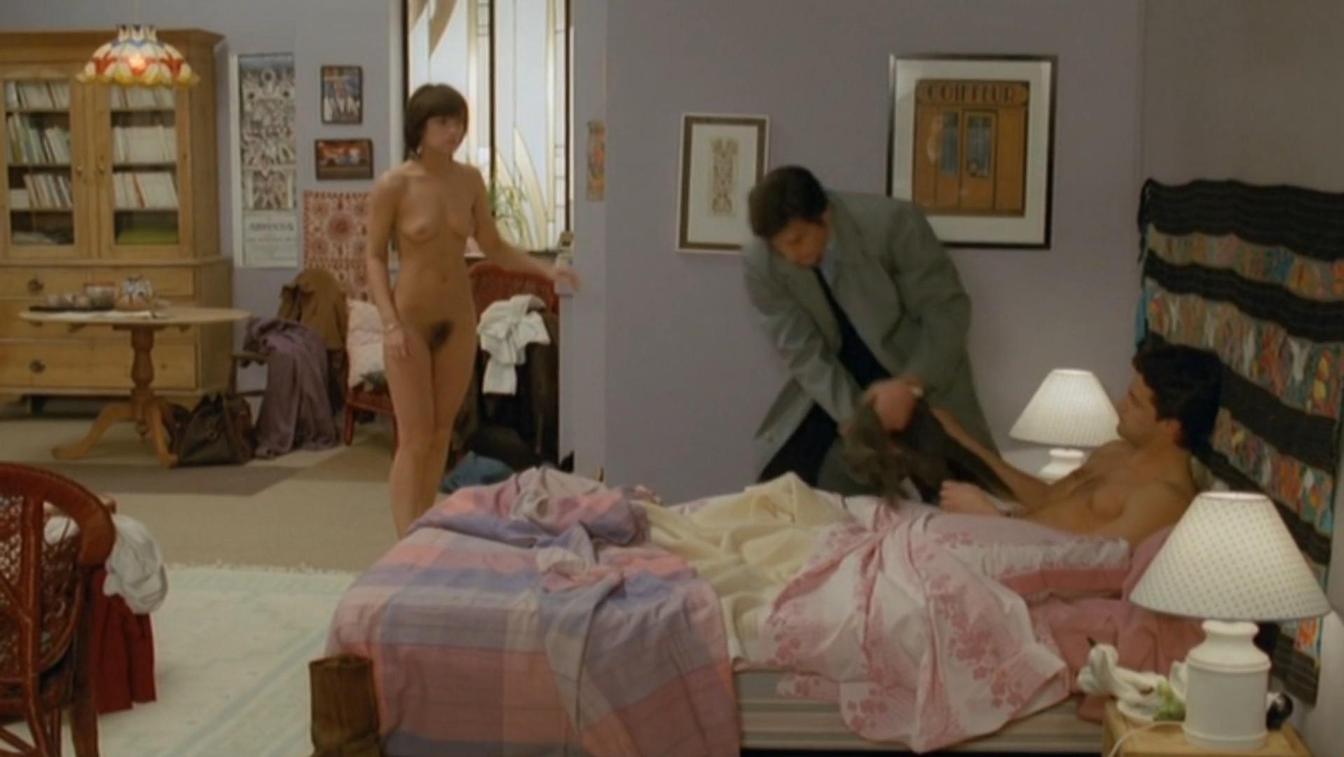 Catherine Leprince nude - Le choc (1982)