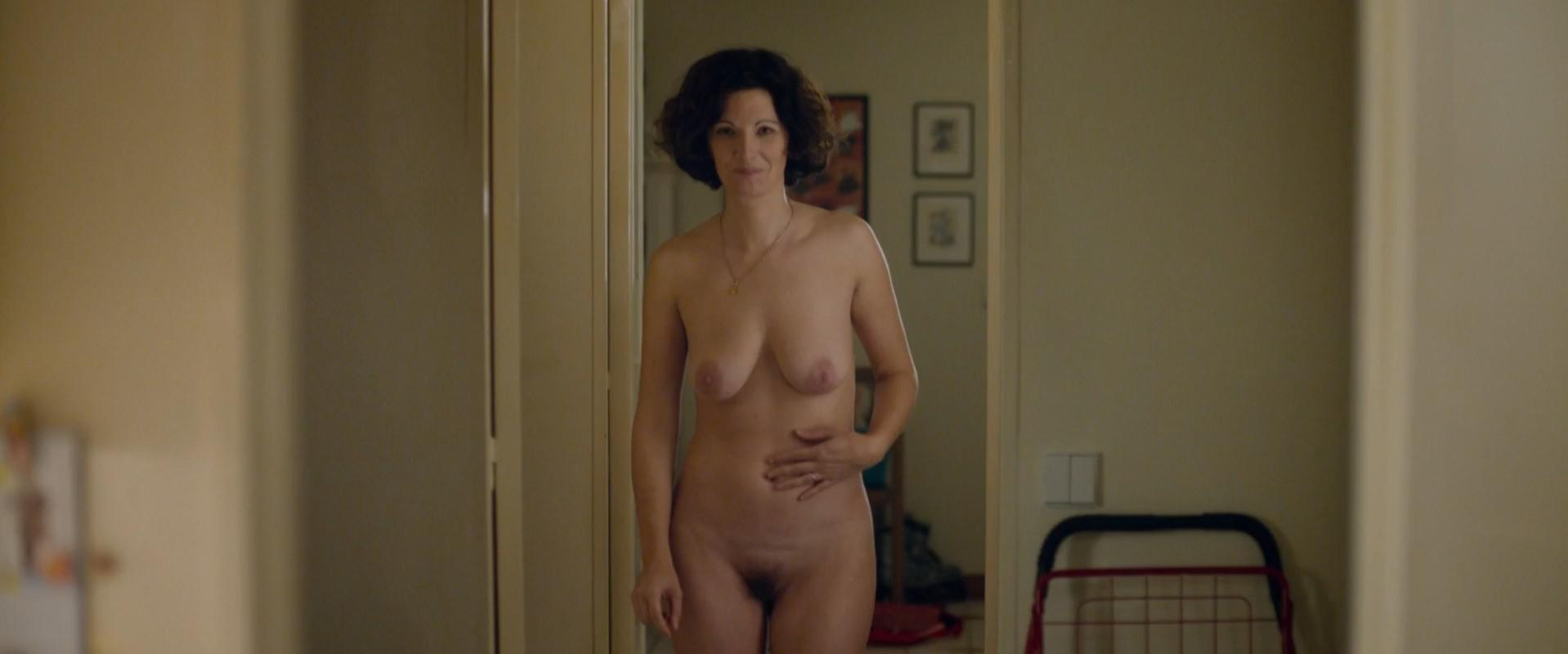 Stephanie Cleau nude - Eperdument (2016)
