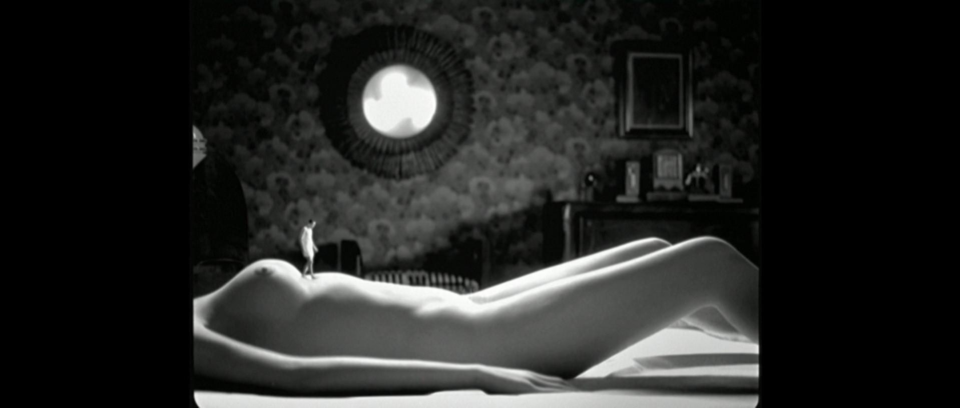 Paz Vega nude - Talk to Her (2002)
