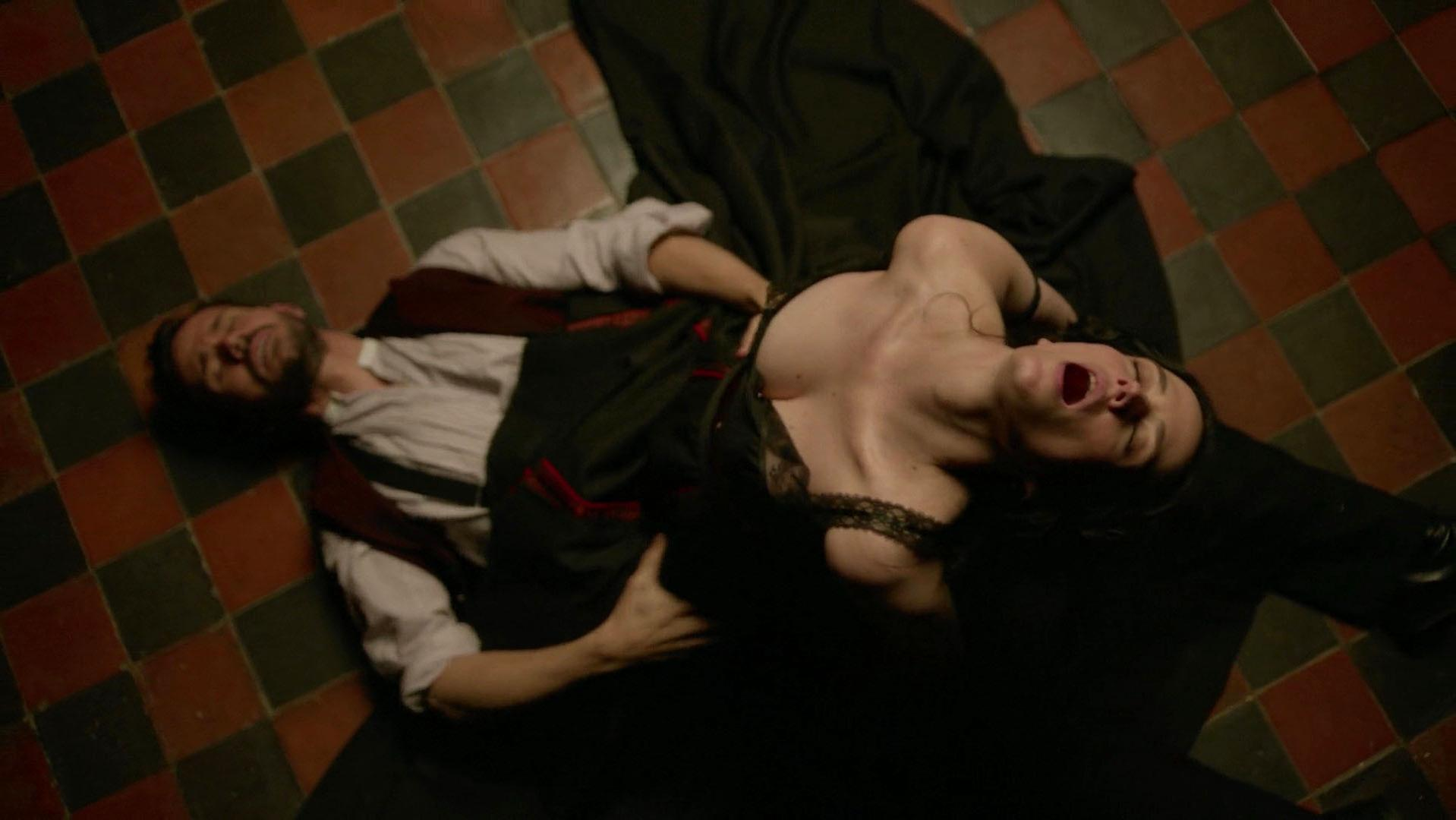 Eva Green sexy - Penny Dreadful s03e06 (2016)