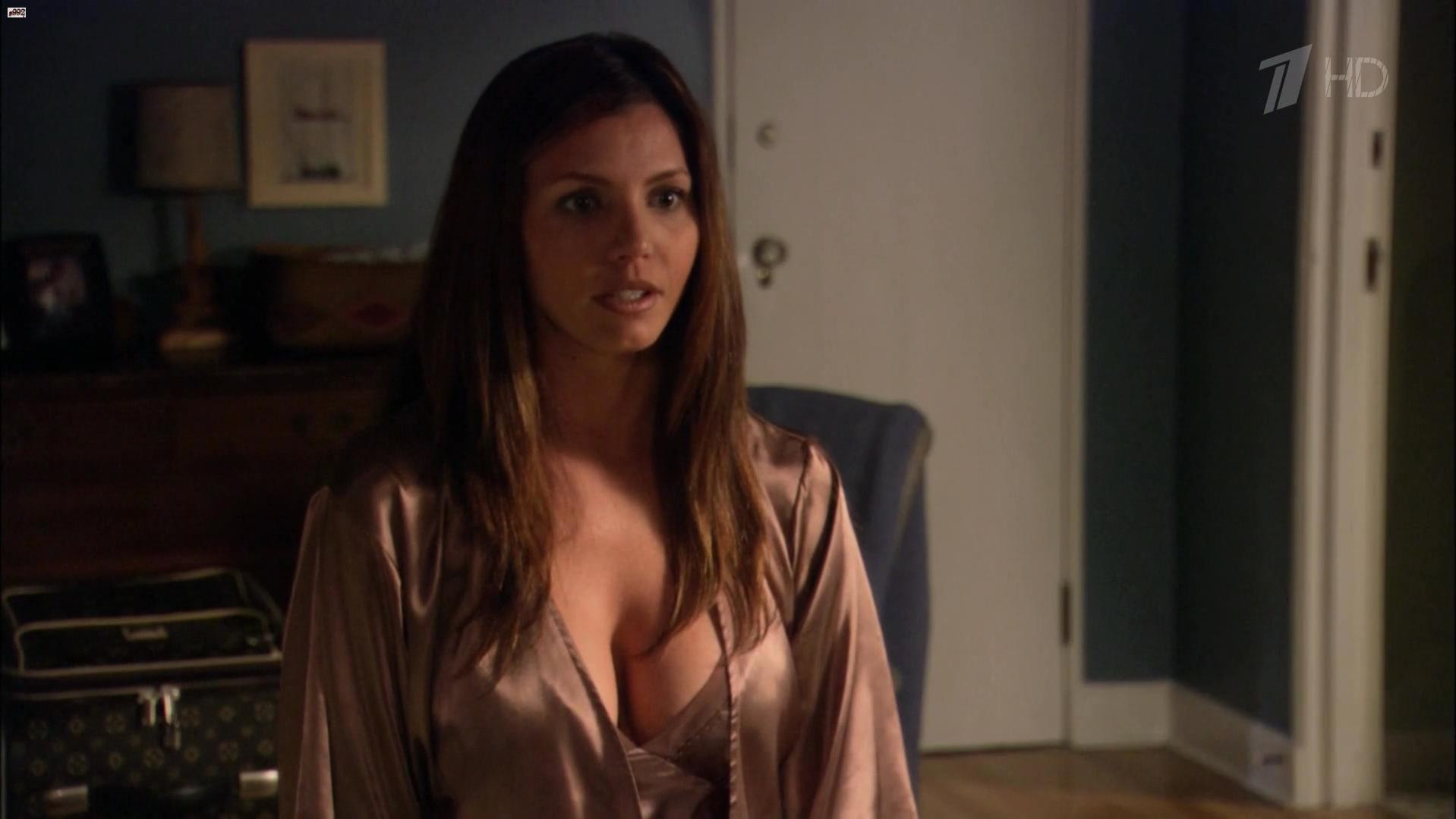 Charisma Carpenter sexy - Relative Chaos (2006)