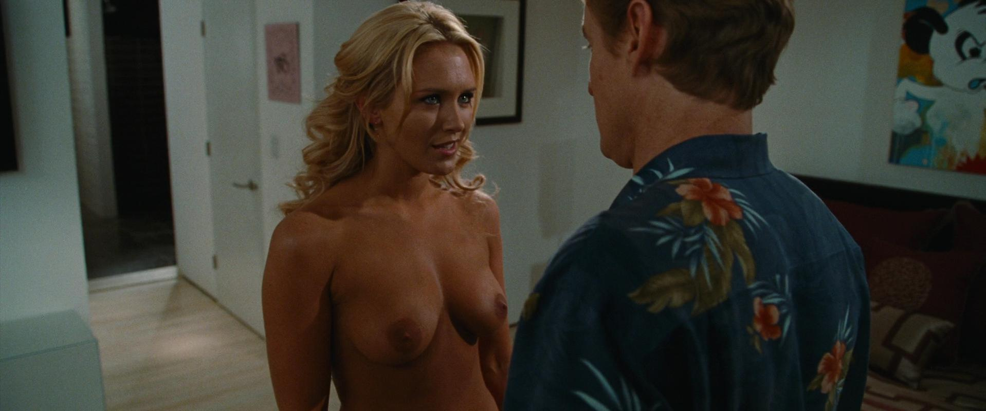 Nicky Whelan nude - Hall Pass (2011)