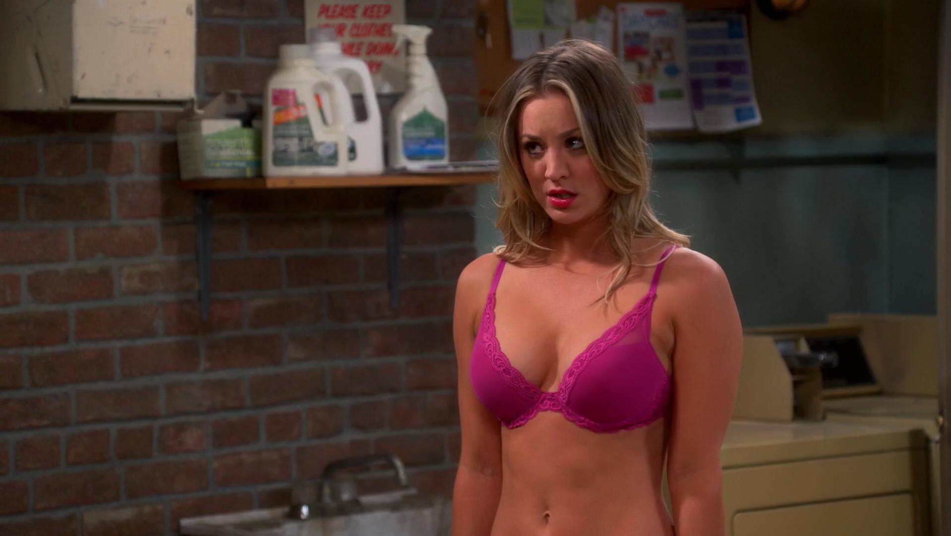 Kaley Cuoco sexy - The Big Bang Theory s07e11 (2013)