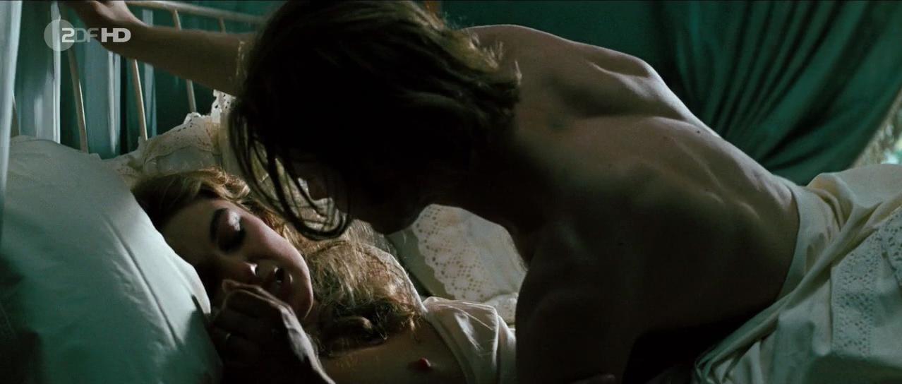 Keira Knightley nude, Naoko Watanabe nude - Silk (2007)