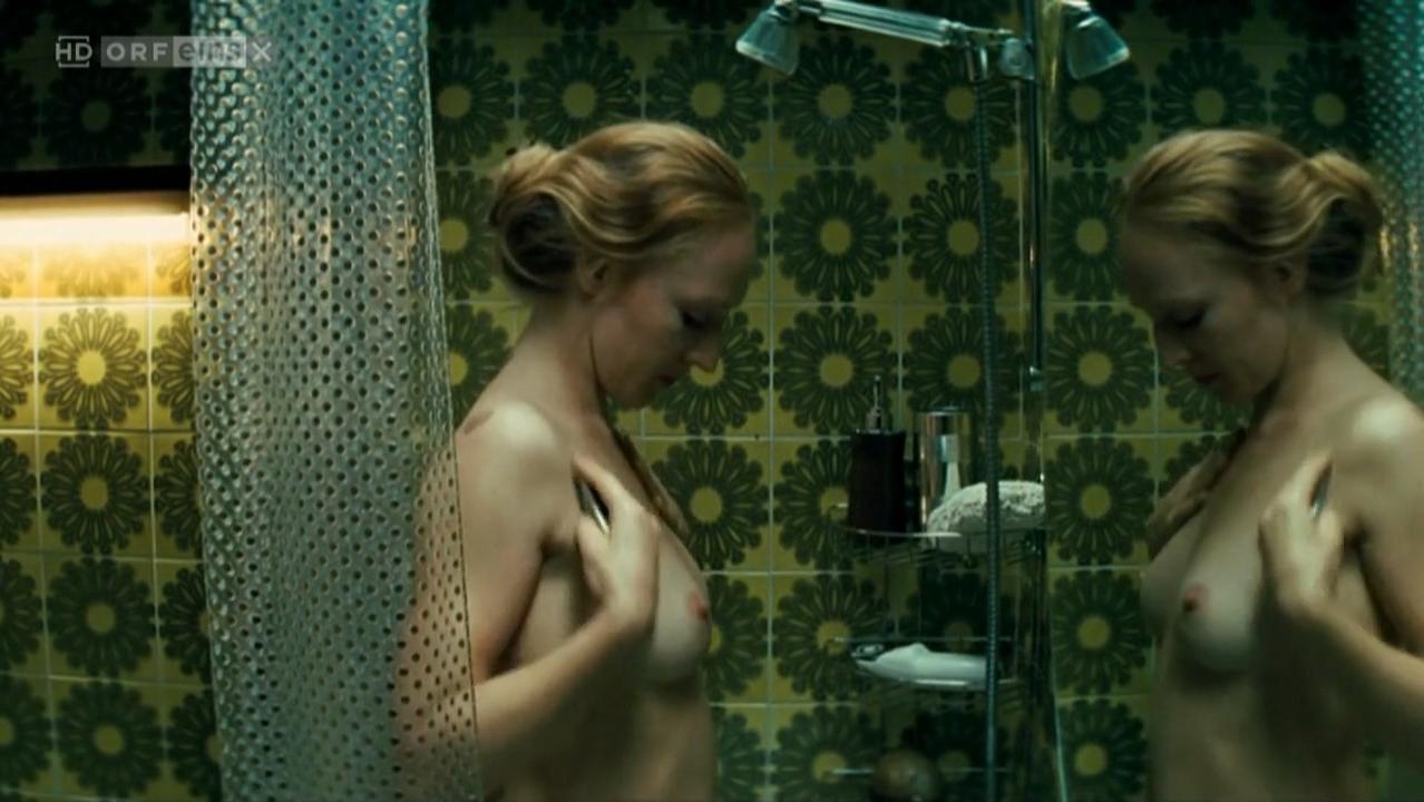 Brigitte Hobmeier nude - Weisse Lilien (2007)