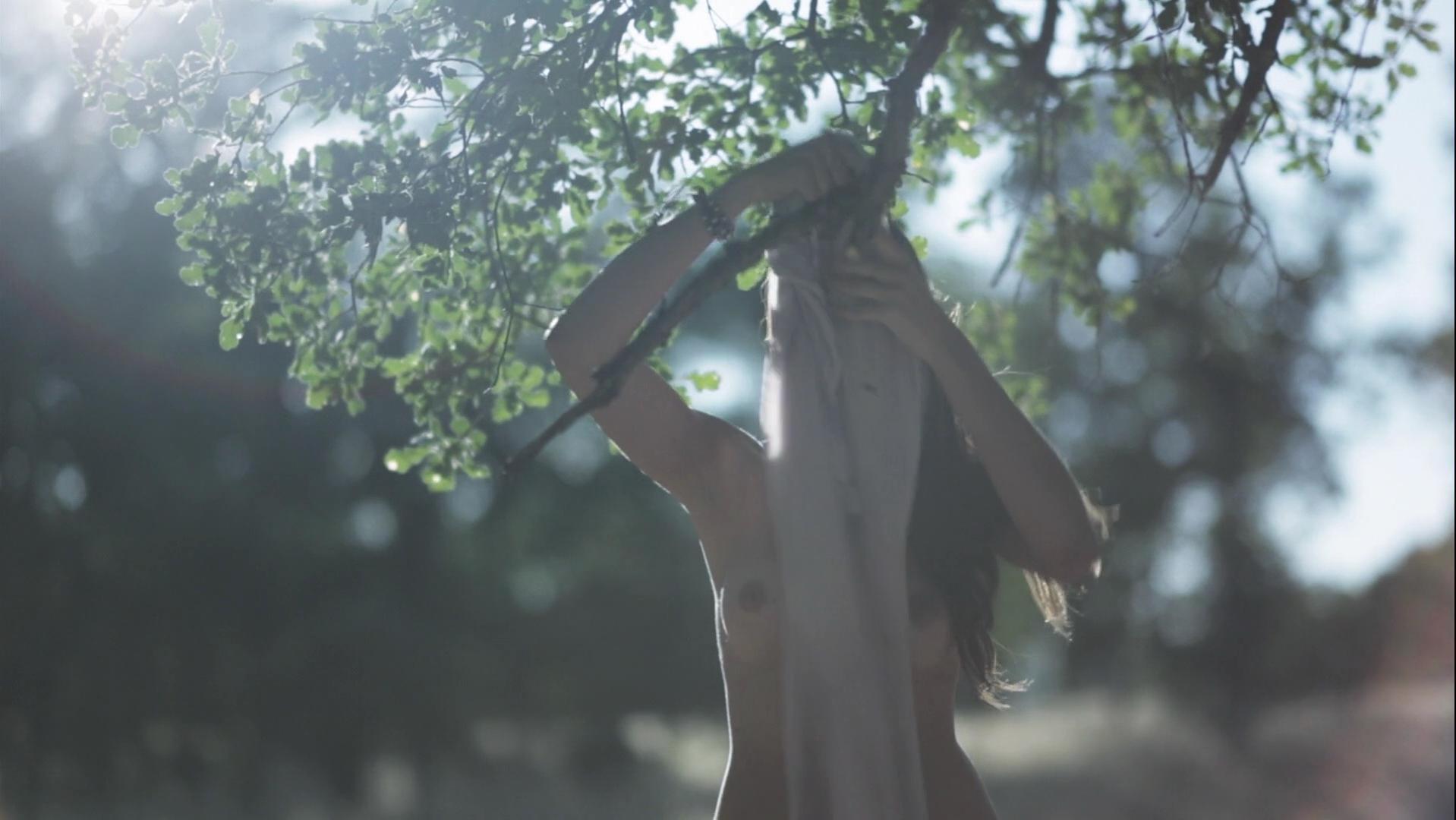 Iren Levy nude - The Snow Queen (2013)