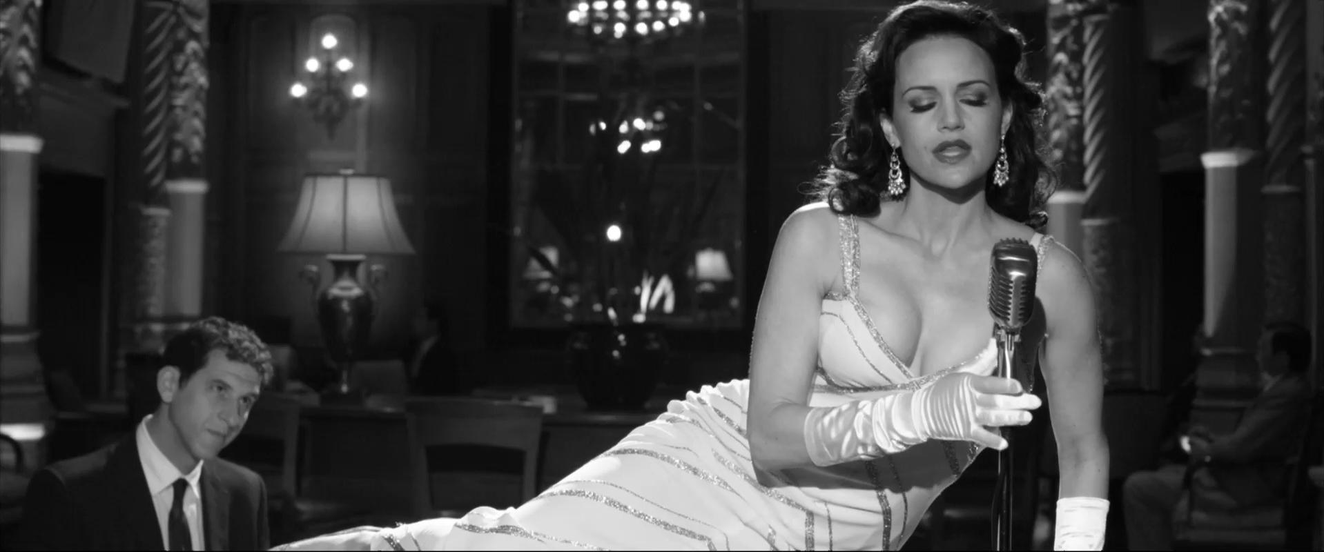 Carla Gugino sexy - Hotel Noir (2012)