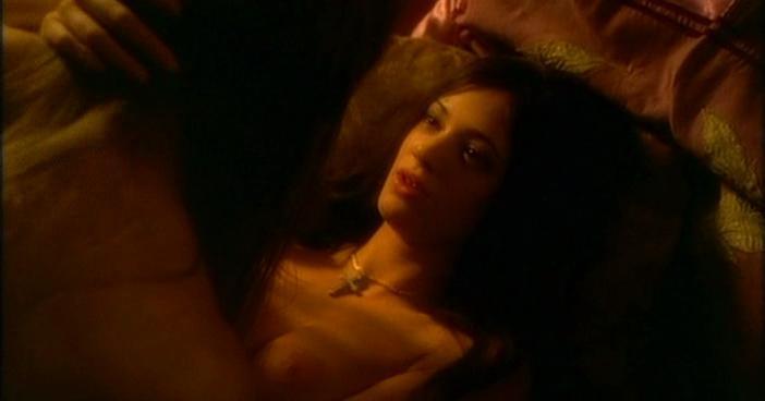 Asia Argento nude - Phantom of the opera (1998)