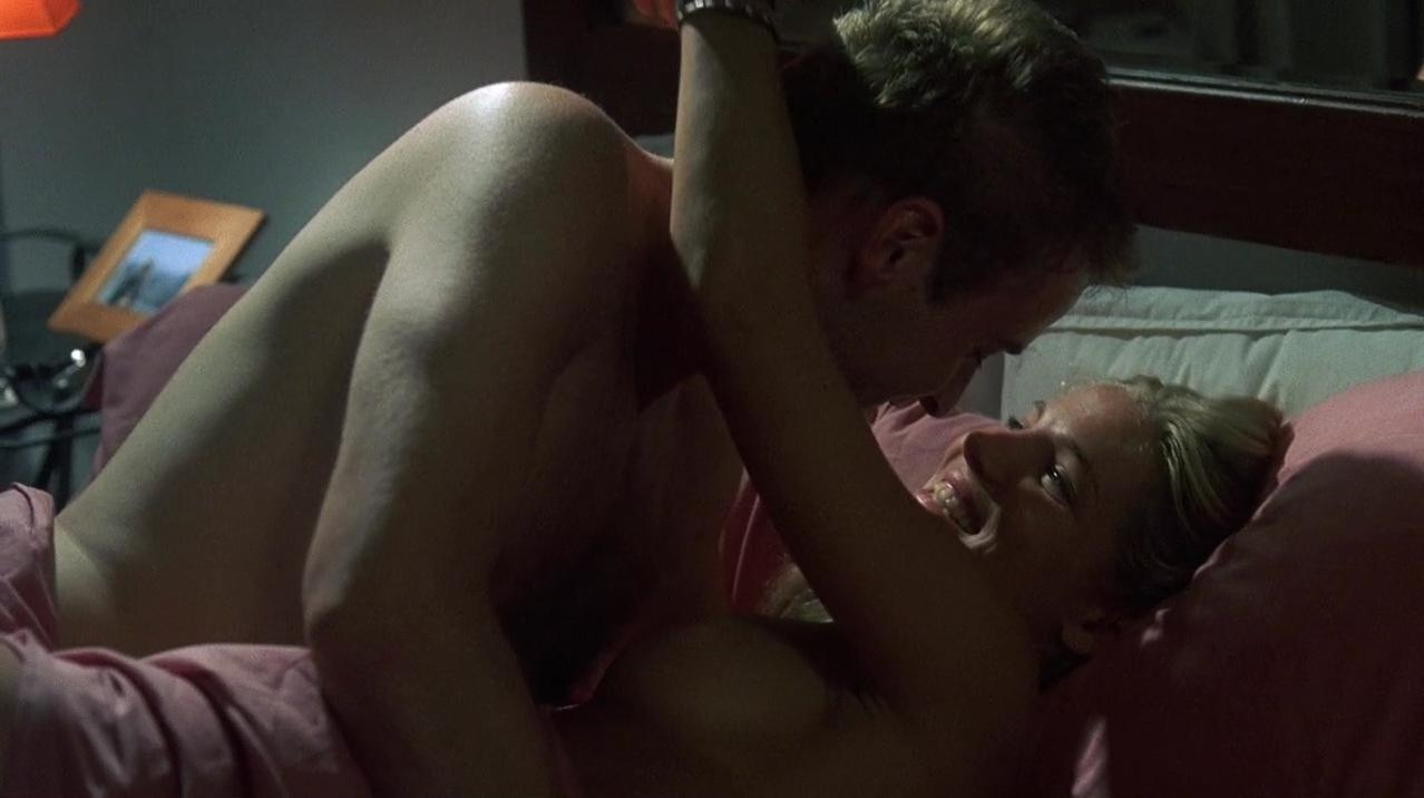 Elsa Pataky nude - Beyond Re-Animator (2003)
