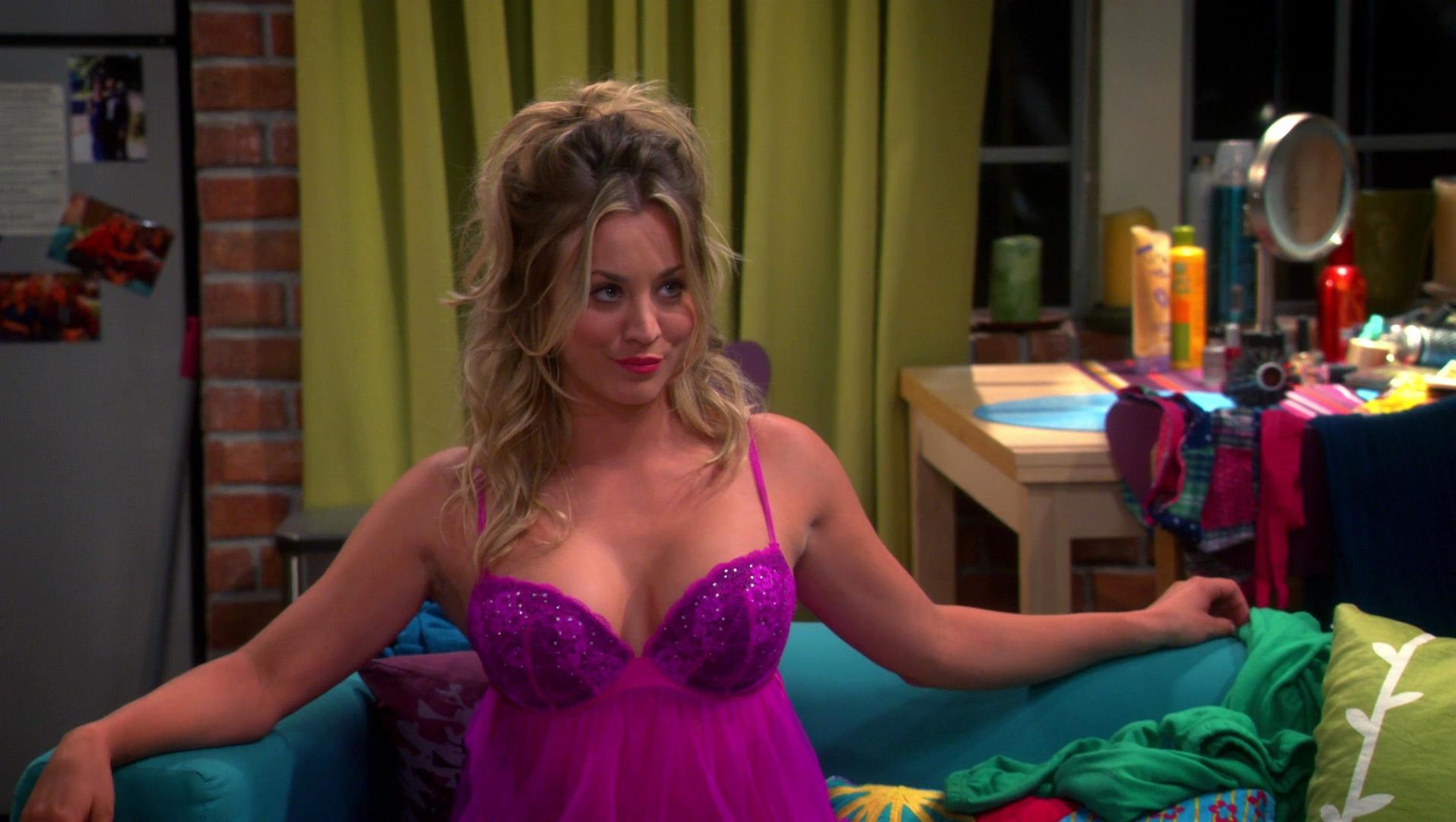 Kaley Cuoco sexy - The Big Bang Theory s07e04 (2013)