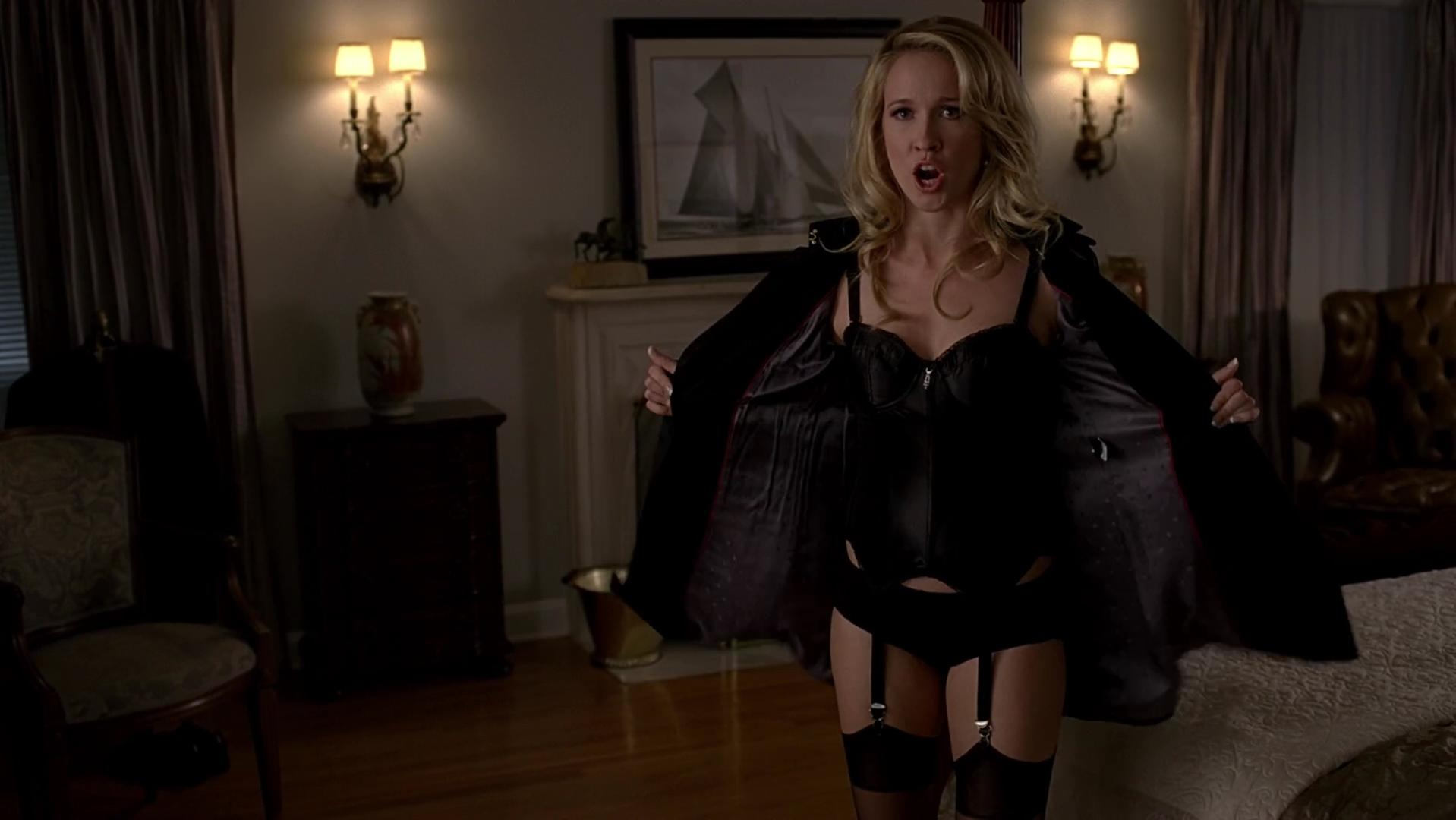 Anna Camp sexy - True Blood s06e05 (2013)