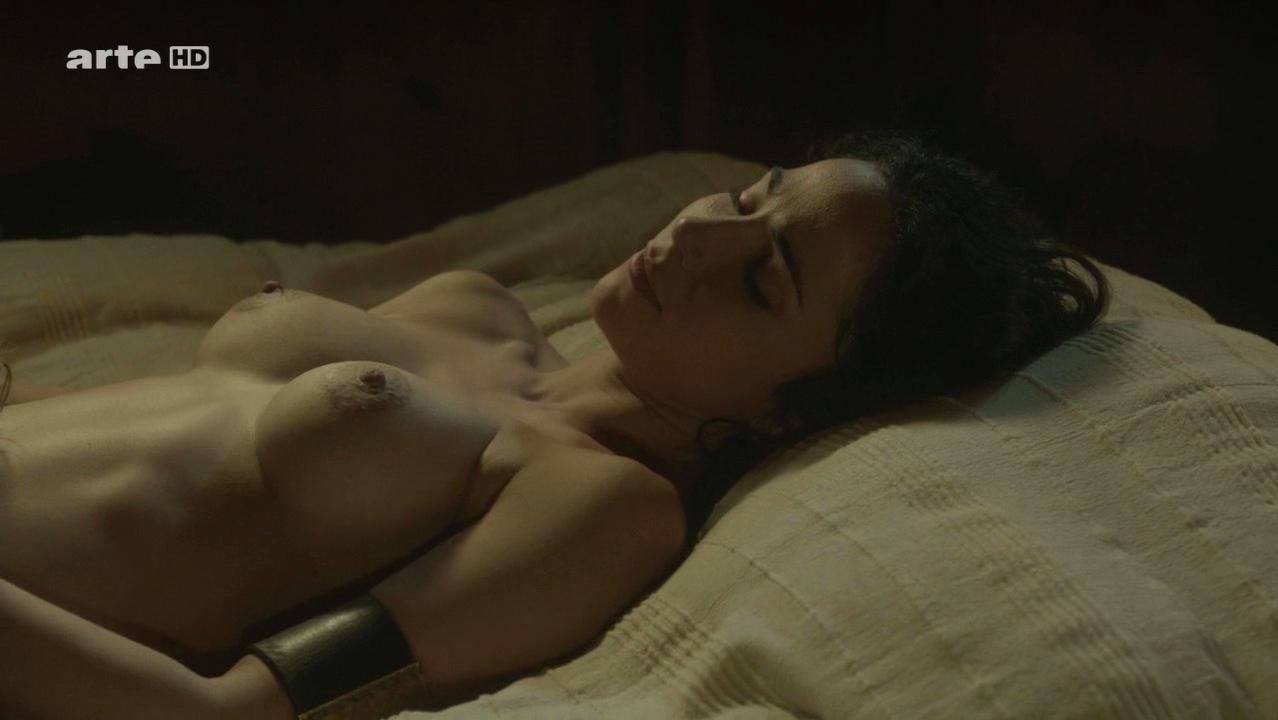 Karina Testa nude - Odysseus s01e02-03 (2013)