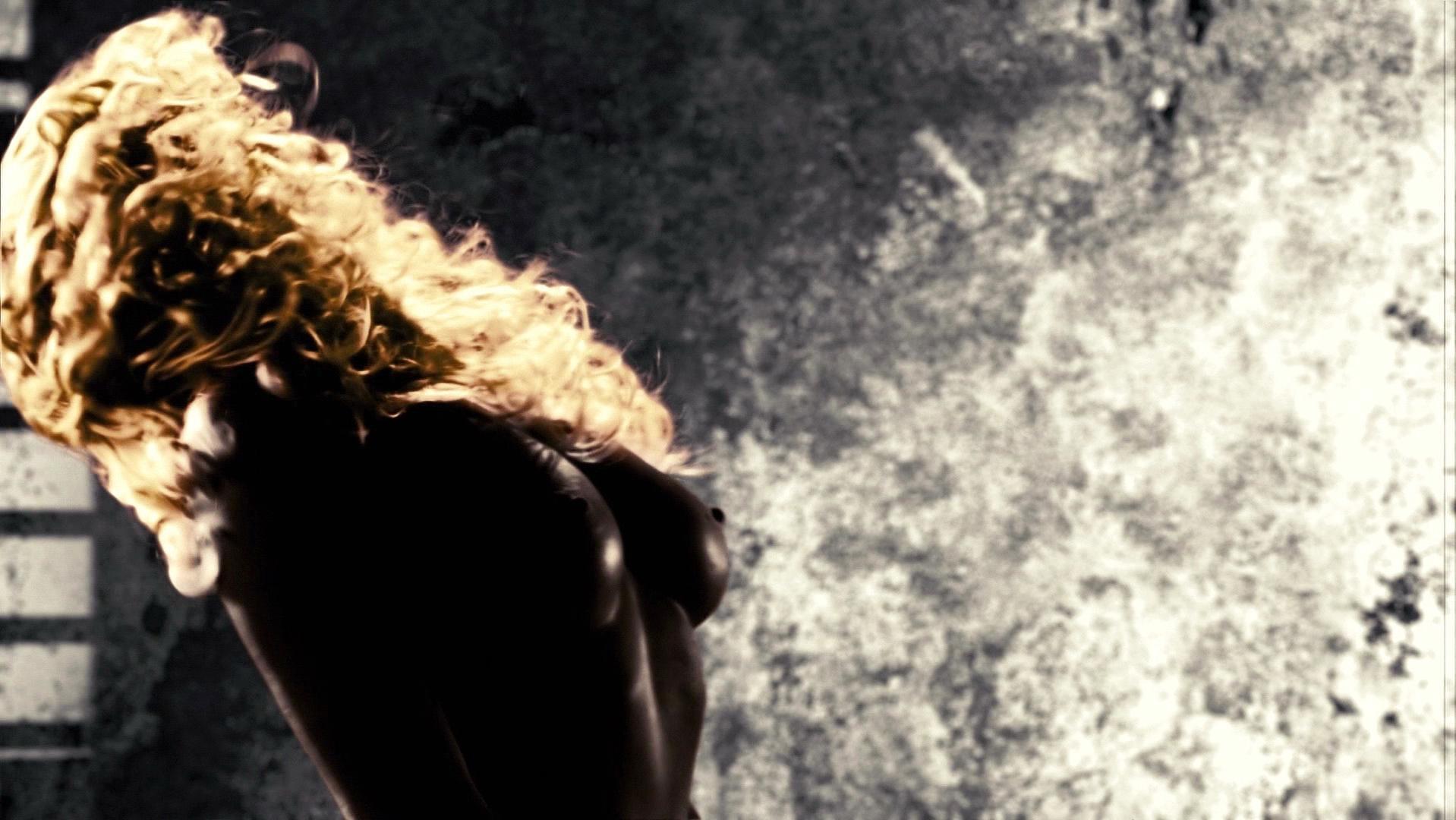 Jaime King nude - Sin City (2005)