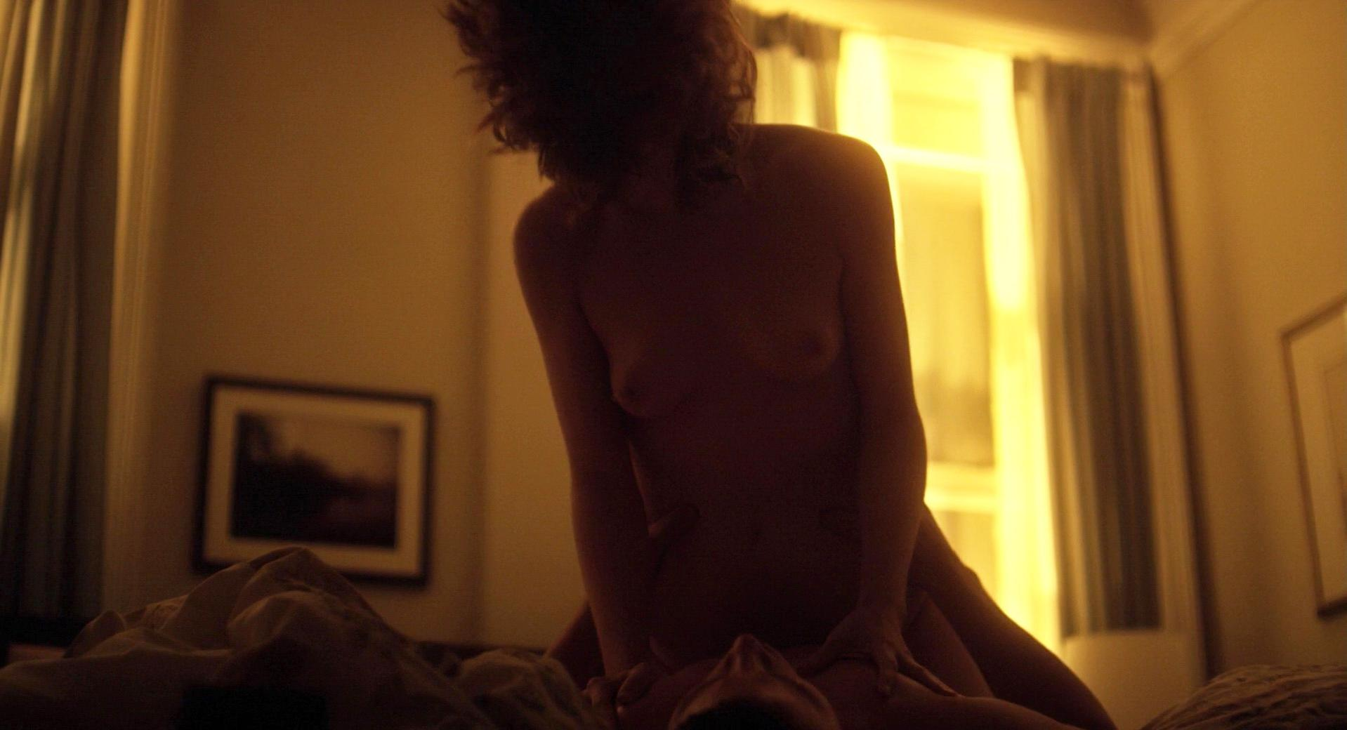 Rooney Mara nude, Catherine Zeta-Jones sexy - Side effects (2012)