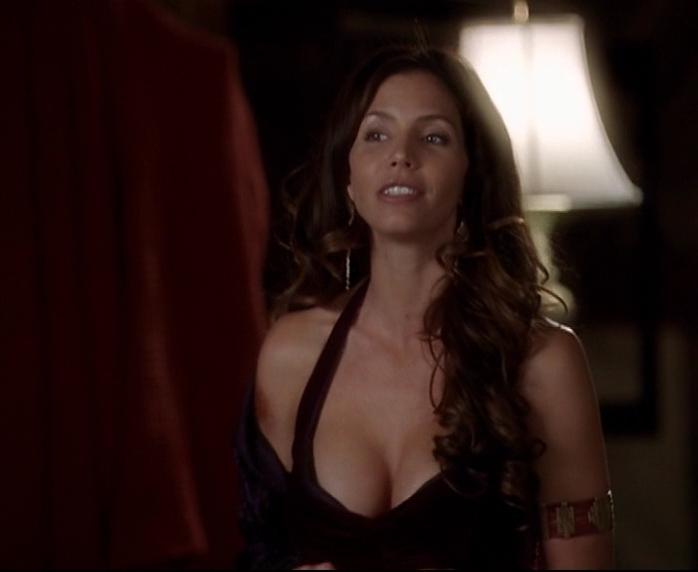 Charisma Carpenter sexy - Charmed s07 (2004)
