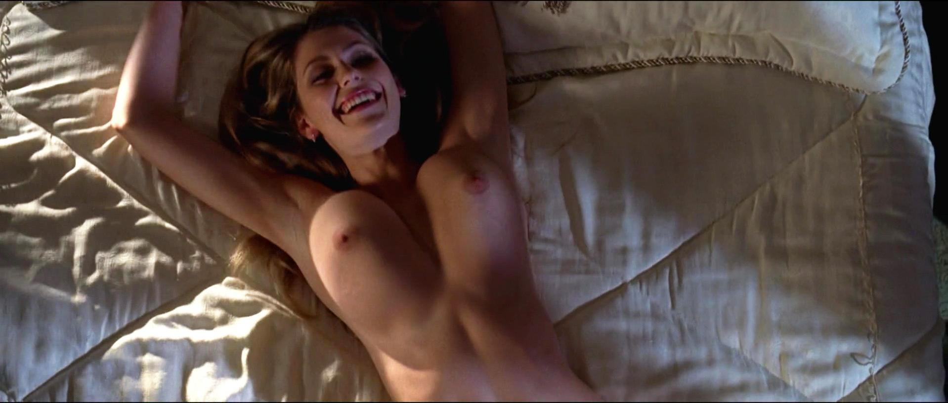 Diora Baird nude, Rachel Sterling nude - Wedding Crashers (2005)