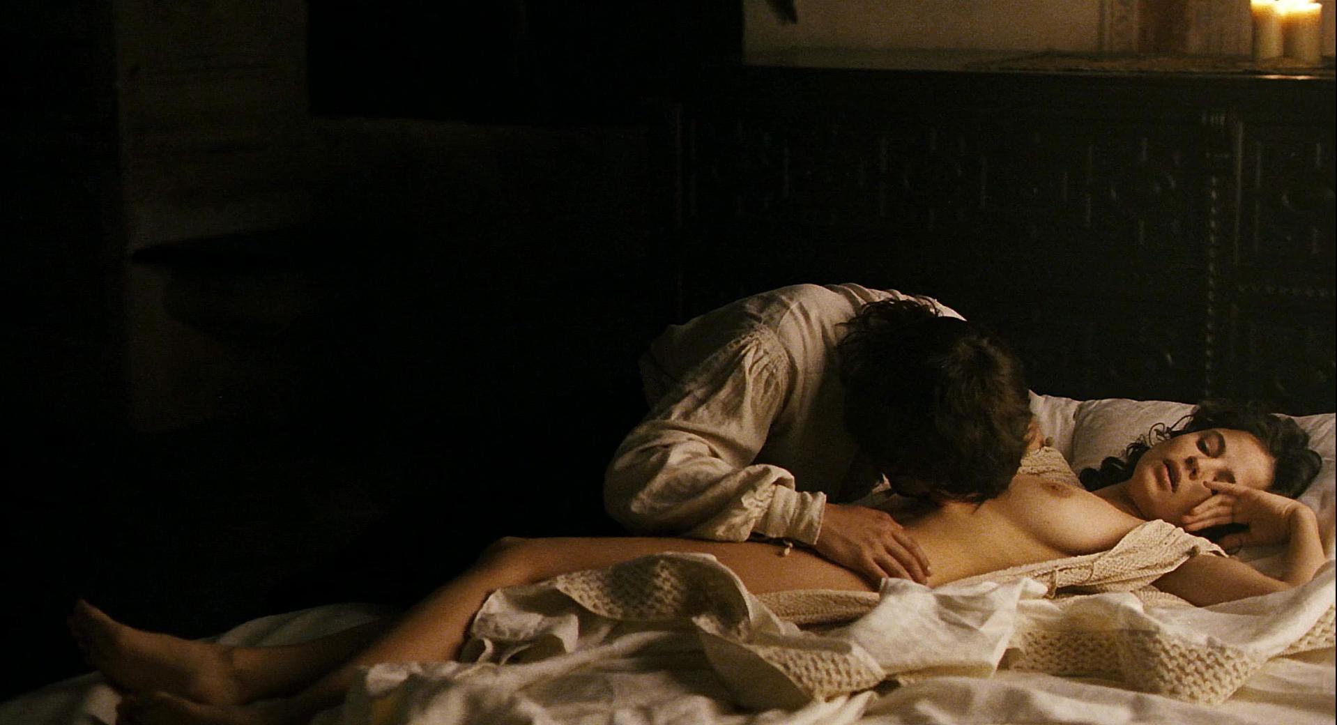 Elena Anaya nude - Alatriste (2006)