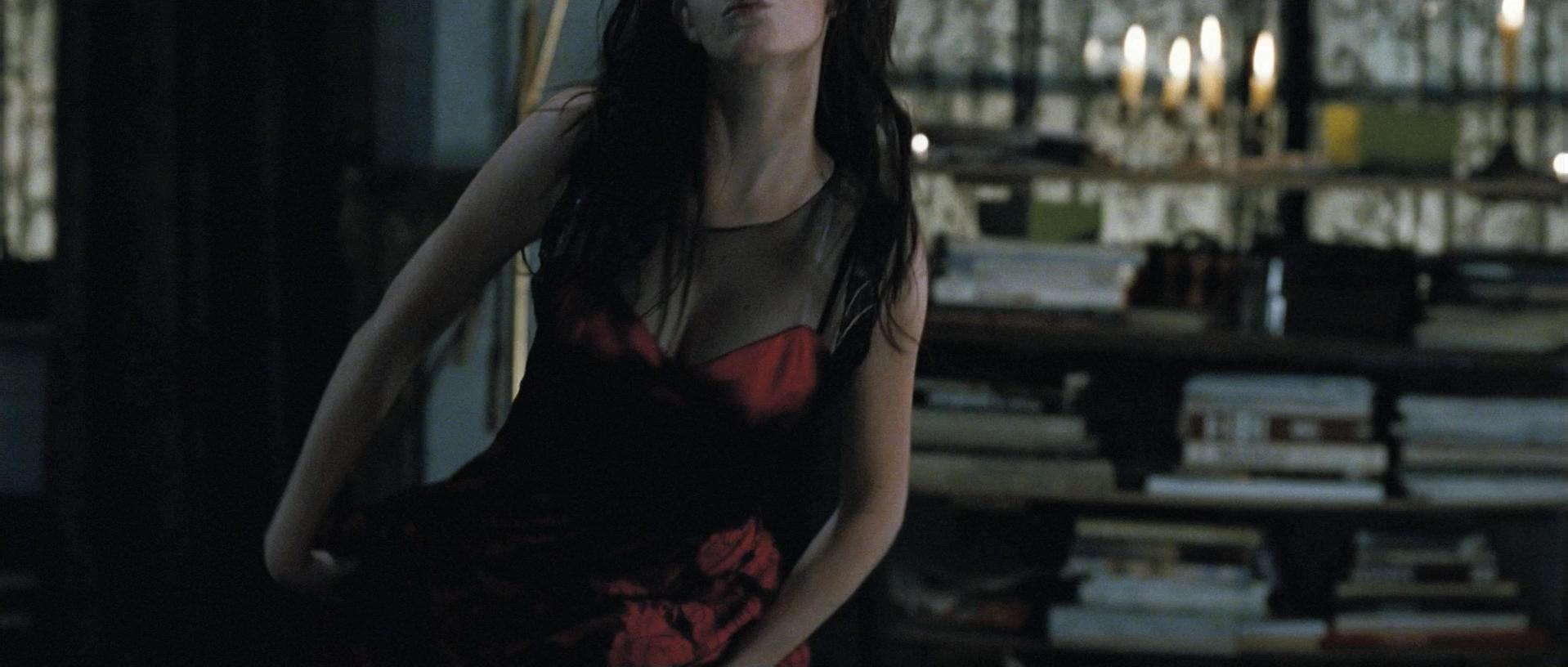 Eva Green sexy - Franklyn (2008)