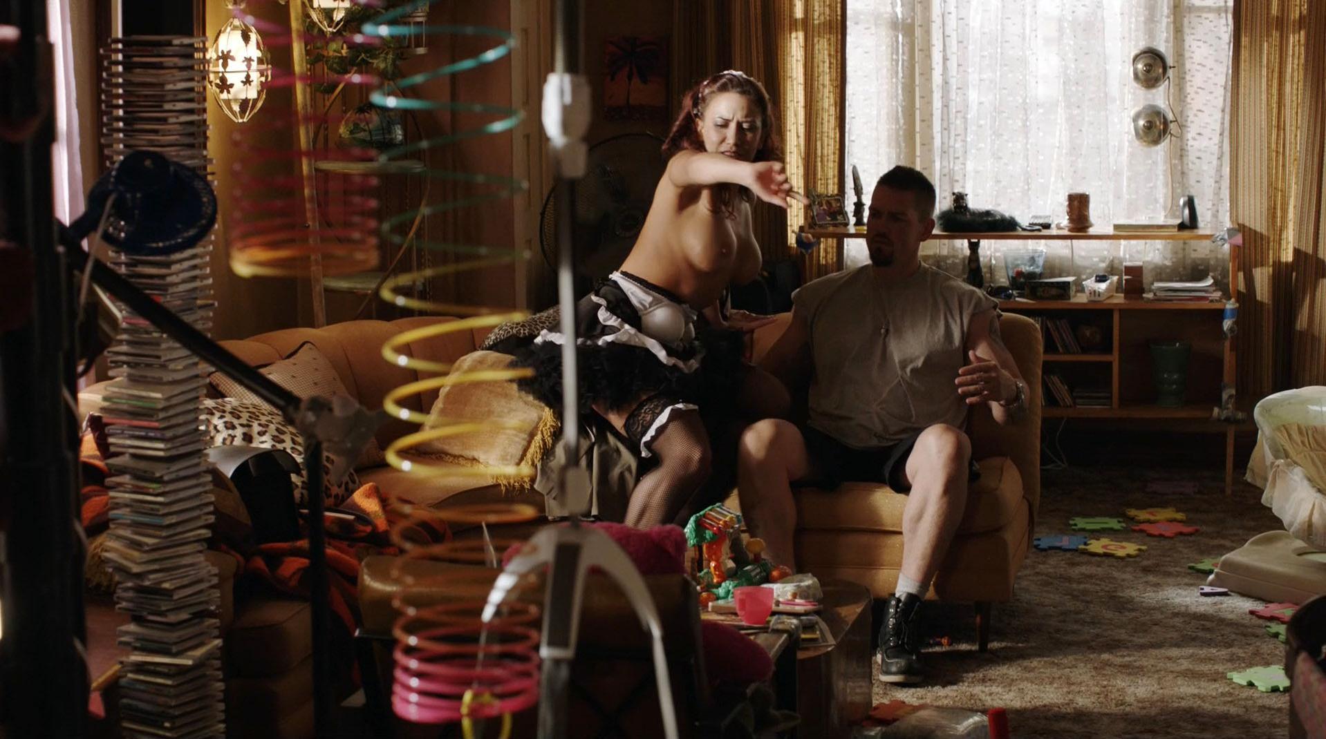 Alyssa LeBlanc nude - Shameless s07e02 (2016)