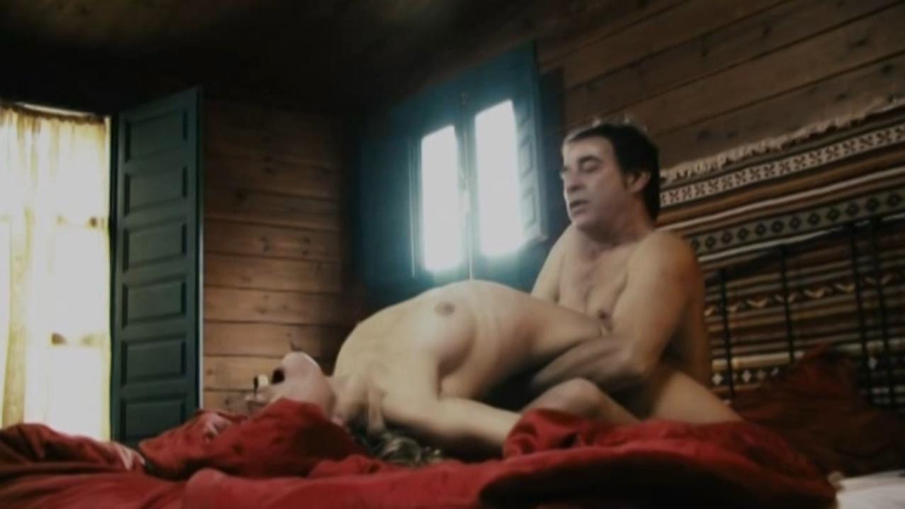 Marta Larralde nude - Todas las mujeres (2013)