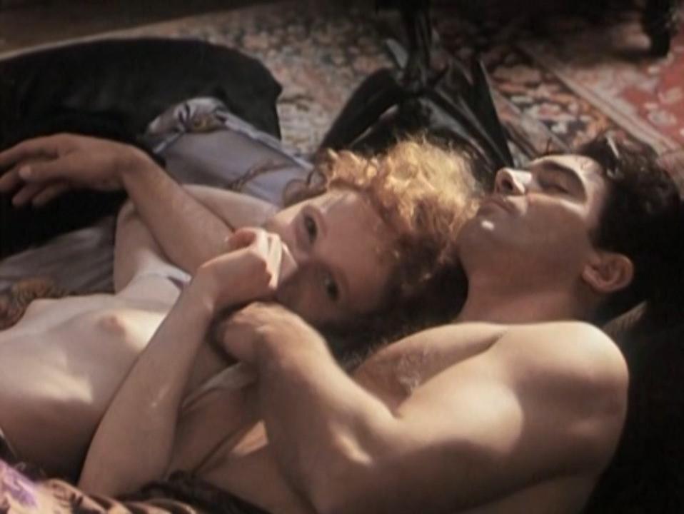 Anna Geislerova nude, Valentina Lainati nude - Benito (1993)