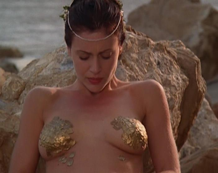 Nude Video Celebs  Alyssa Milano Sexy - Charmed S05E01-02 -4841