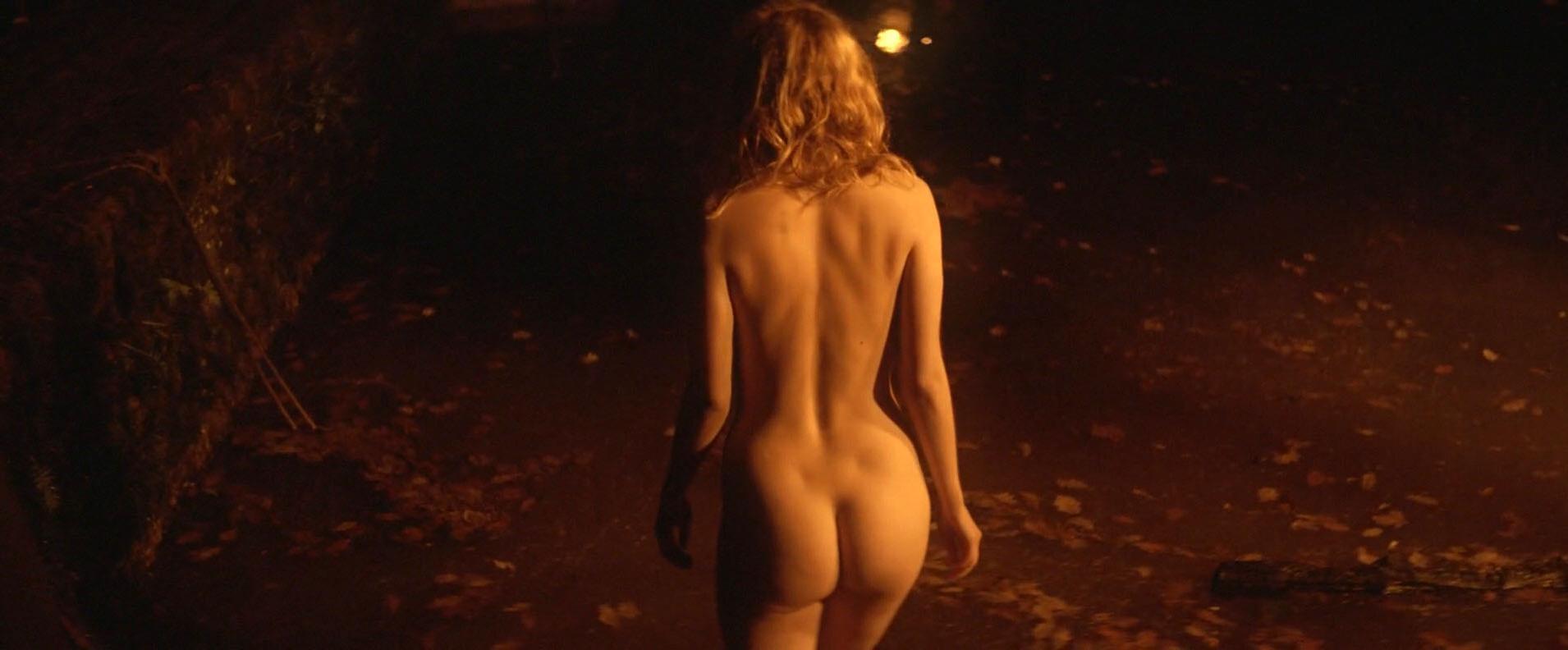 Hannah Murray nude, Elinor Crawley nude - Bridgend (2015)