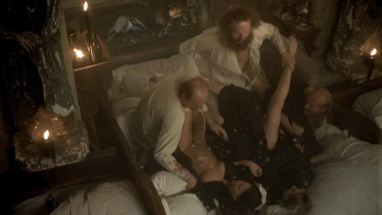 Anna Geislerova nude, Iva Littmanova nude - Lunacy (2005)