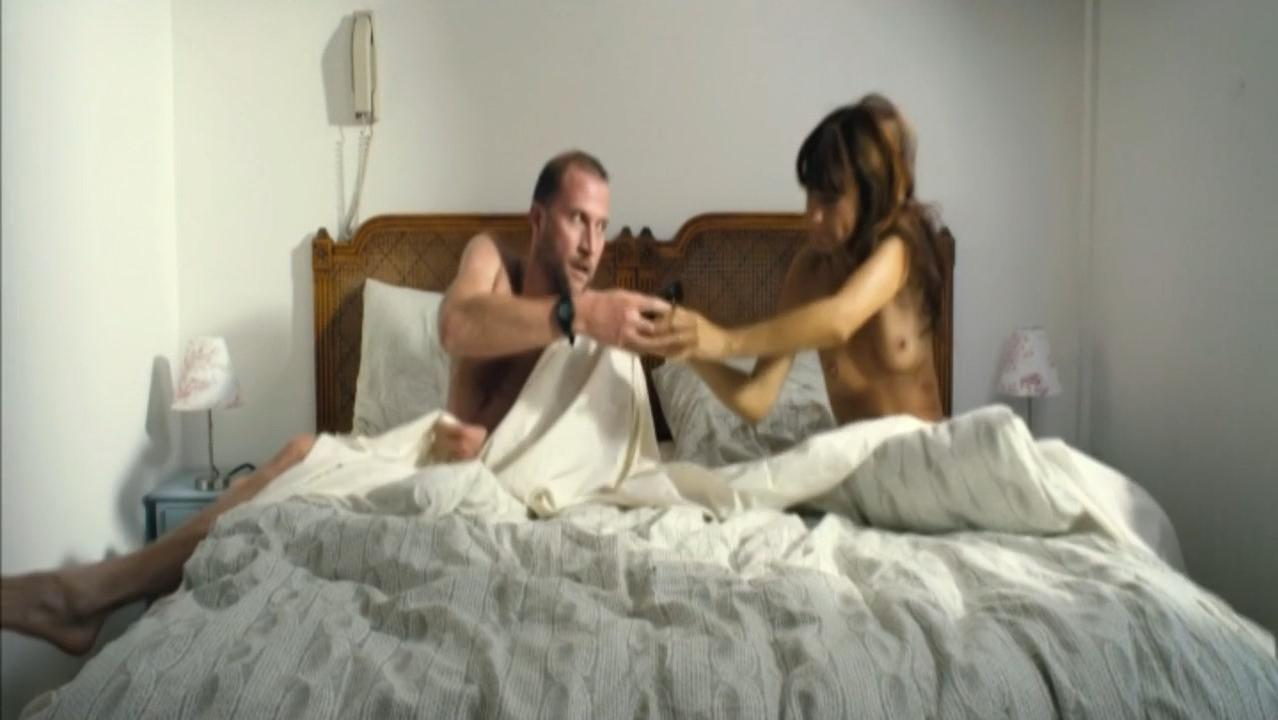 Porn Pix Girlfriend passed out drunk