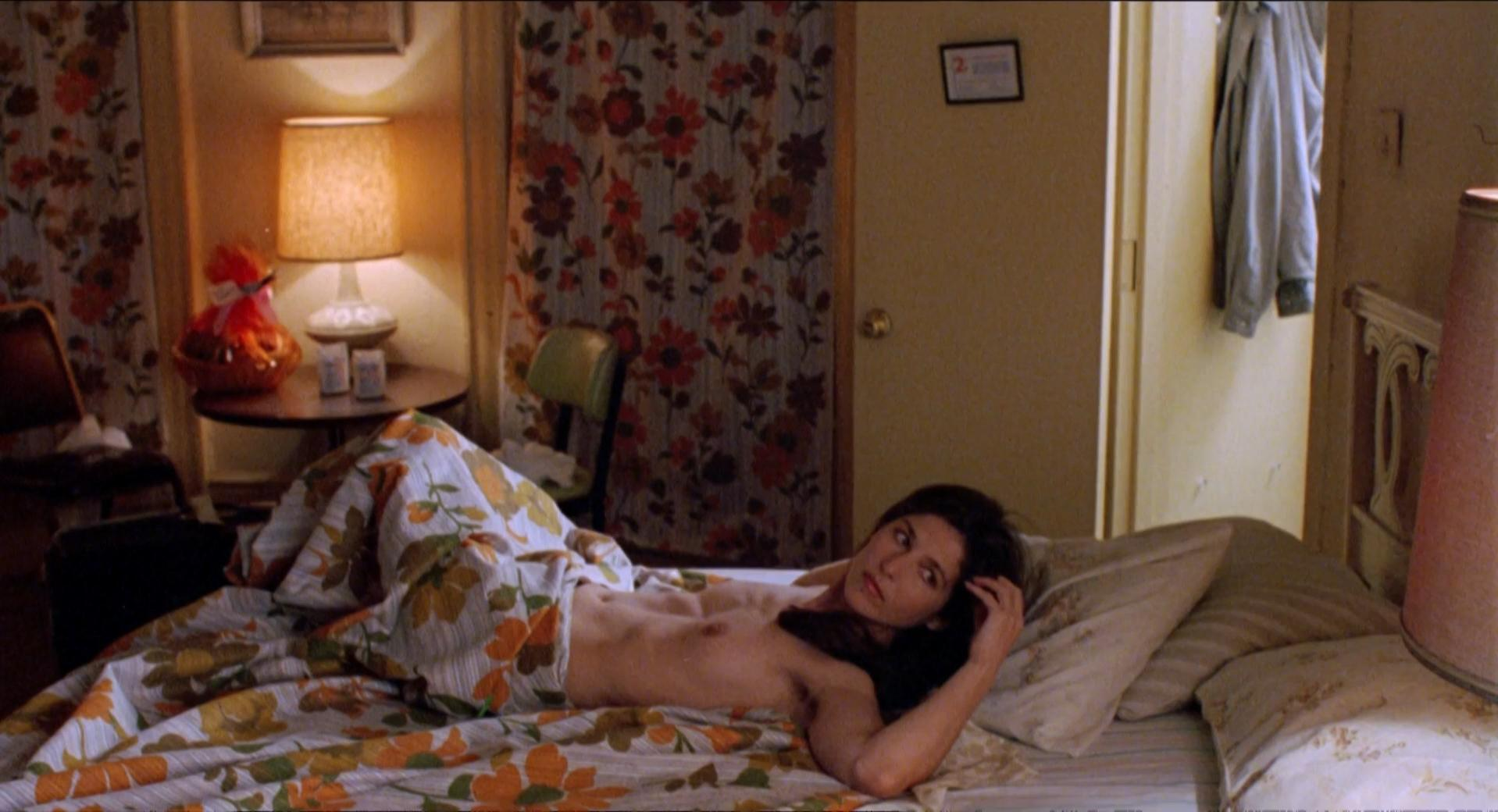 Catherine Keener nude - Living in Oblivion (1995)