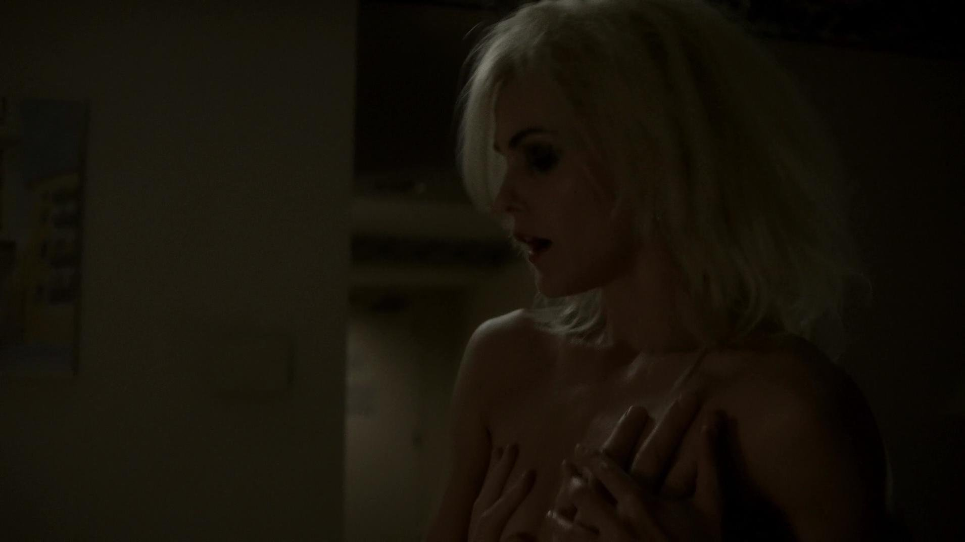 Keri Russell nude - The Americans s02e01 (2014)