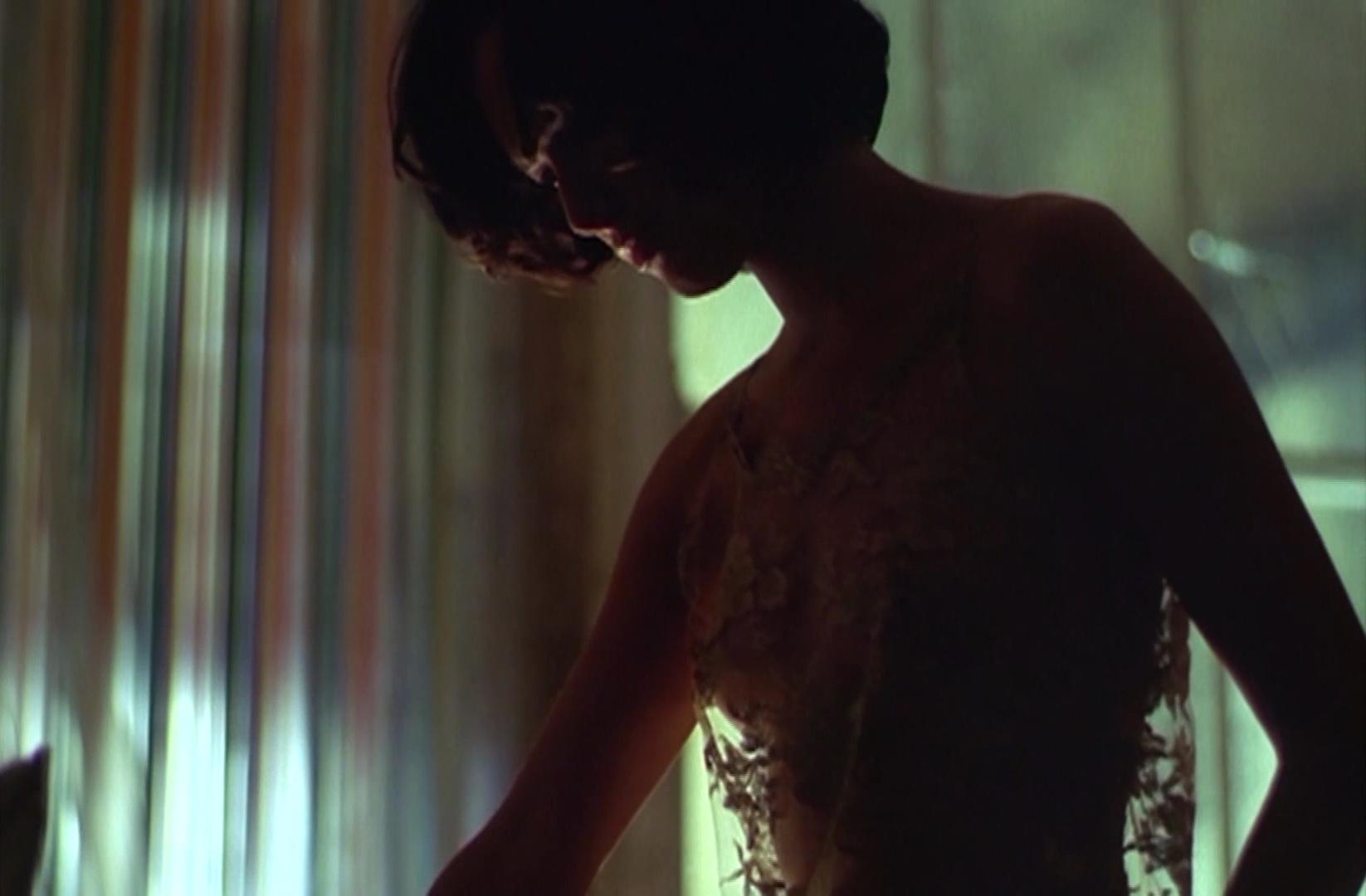 Lena Headey nude - The Hunger (1997)