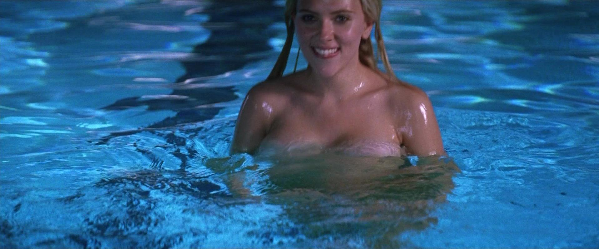 Scarlett Johansson sexy - He's Just Not That Into You (2009)