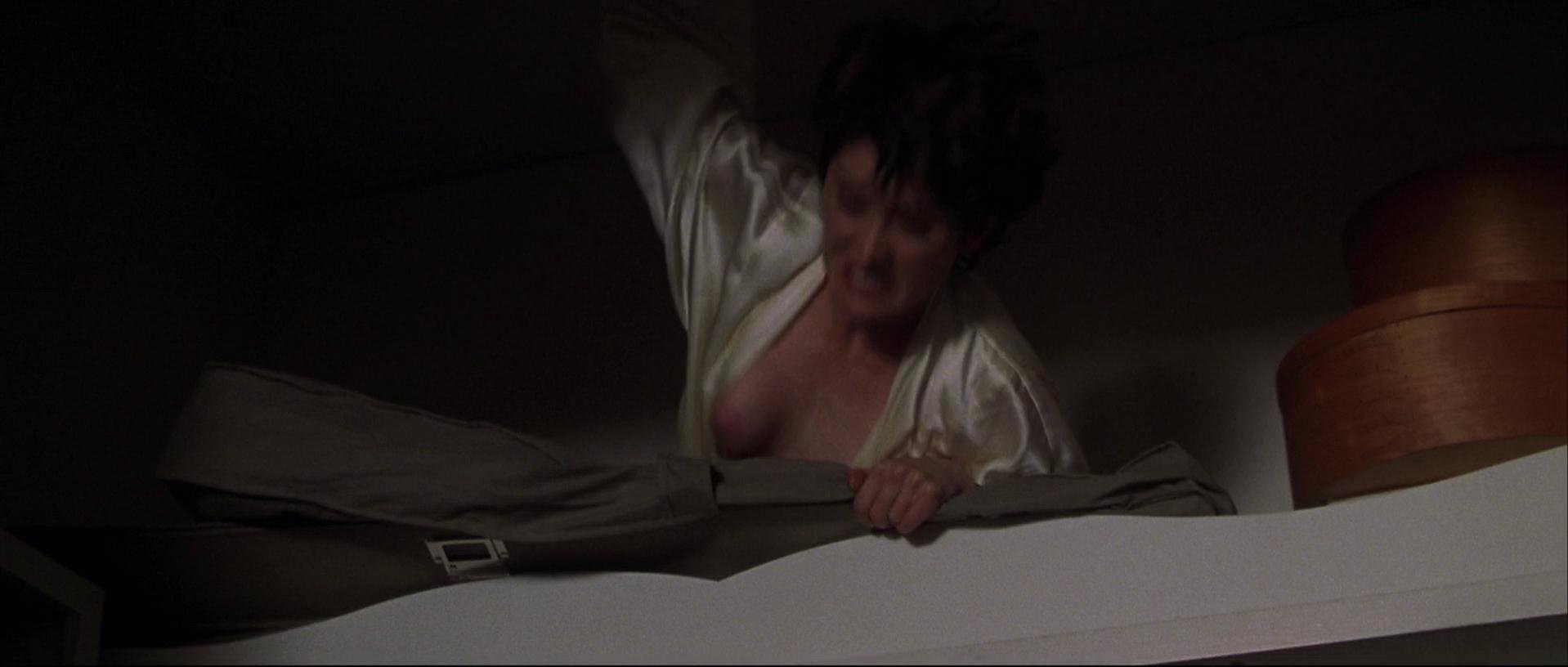 Robin Tunney nude - End of Days (1999)