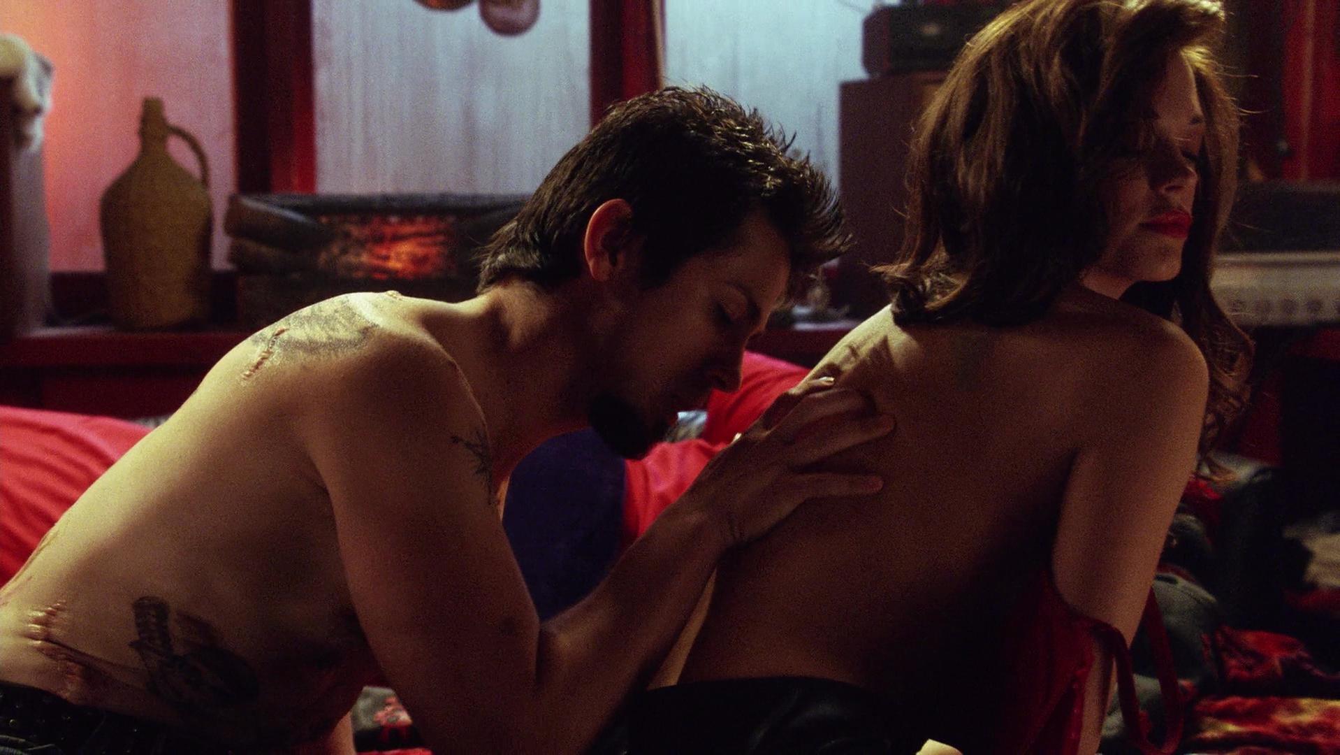 Rose McGowan nude - Planet Terror (2007)